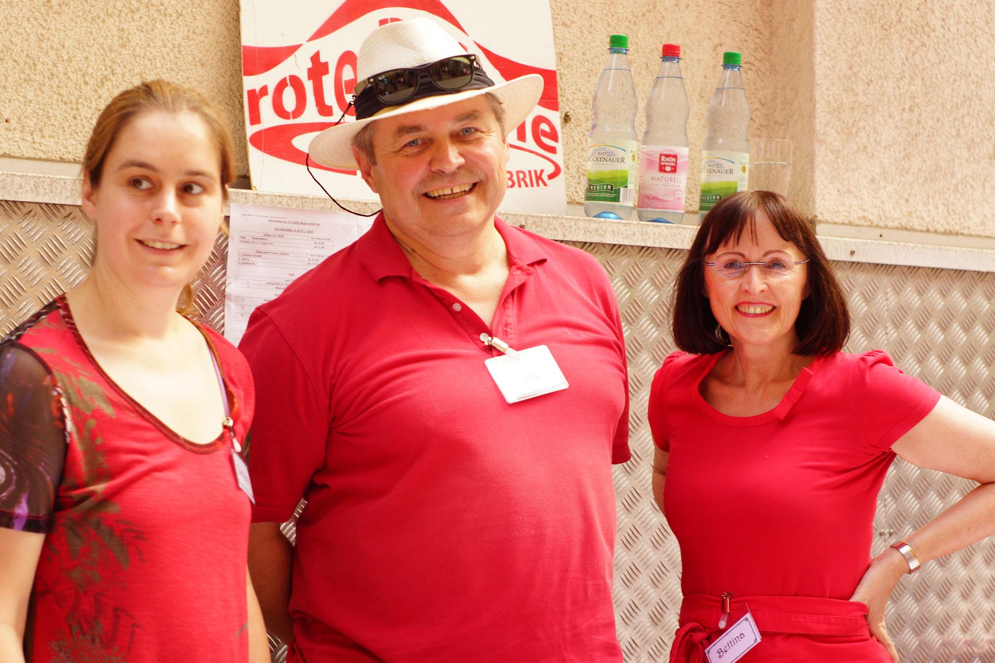 Unsere Ehrenamtlichen Helfer - Vielen Dank an Barbara, Robert & Bettina