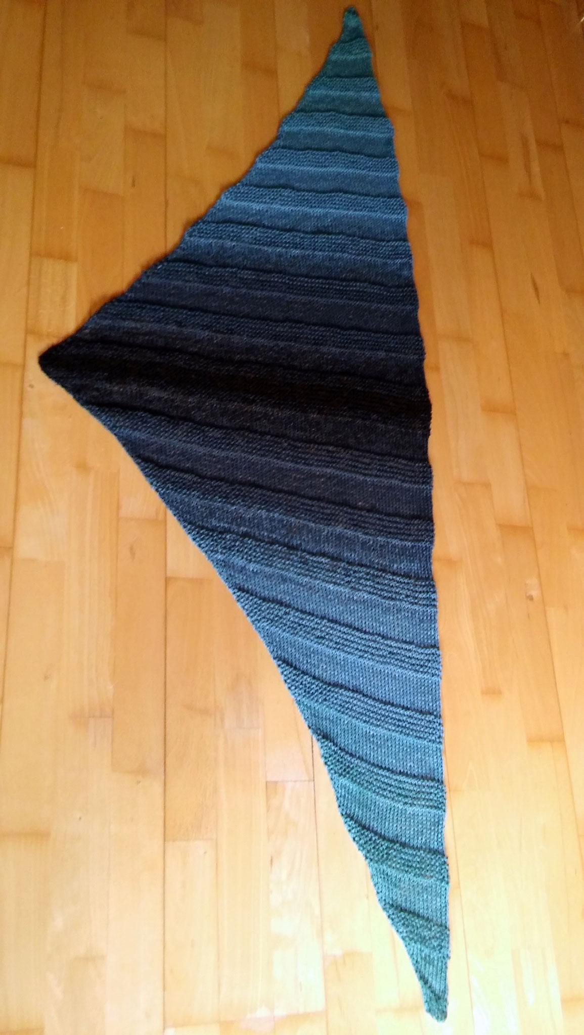 Wolle: Polarlicht (hin und zurück) / gestrickt von Elfi Heumesser