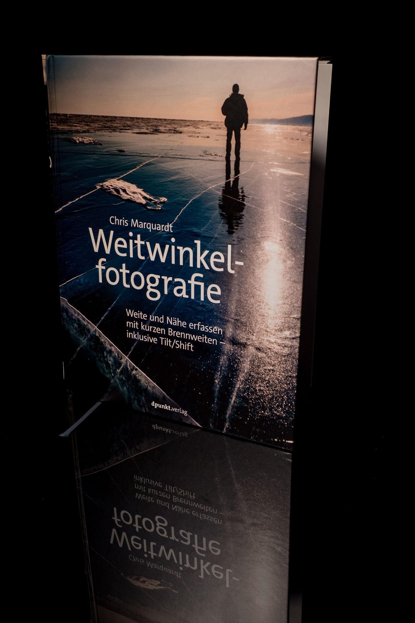 """Babblfisch: Nach dem das Setup für die HS-Aufgabe """"Winzig"""" fertig war, gleich noch das Buch von Chris abgelichtet"""