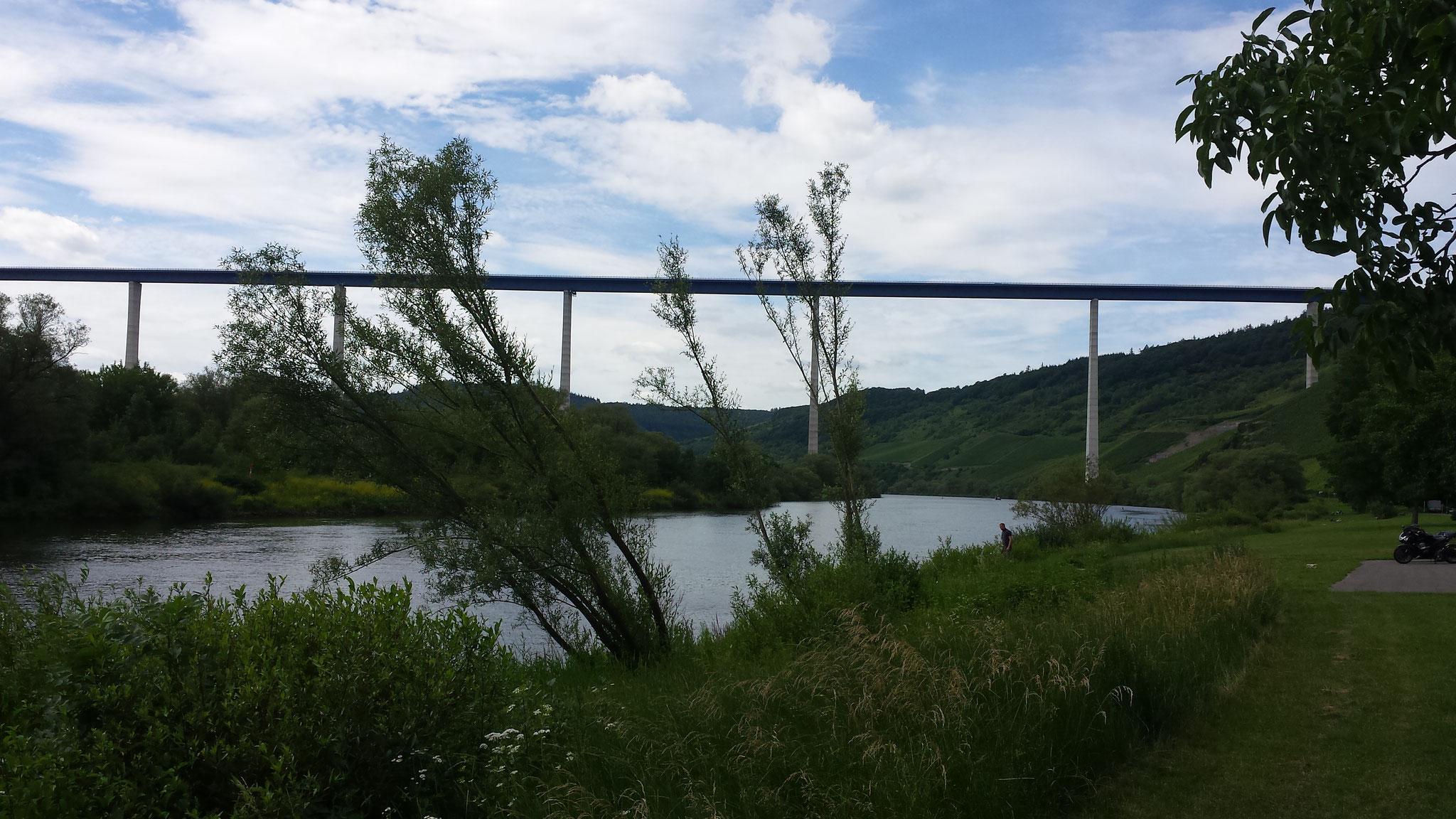 ... die neue Moselhochbrücke