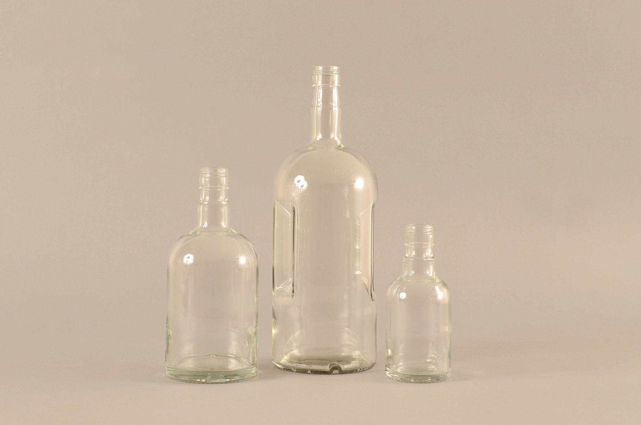 Aus dem TREFFPACK Sortiment - Wodkaflaschen
