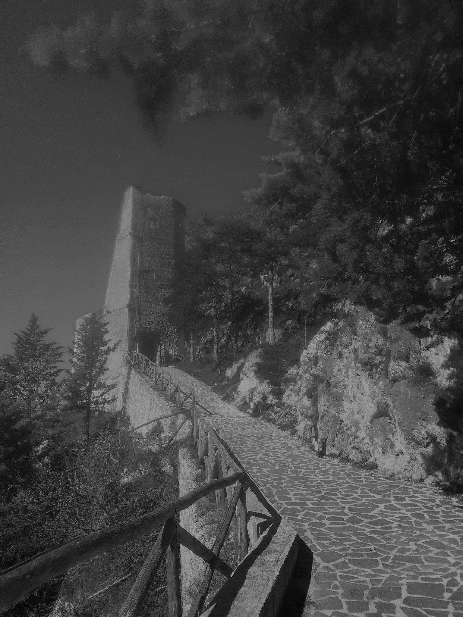 Castello di Roccacasale (AQ)