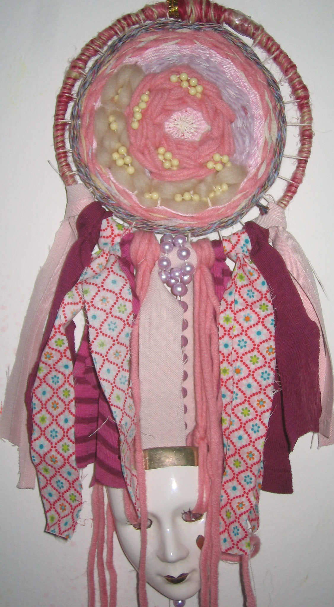 Mask of Dreams (Weberei aus verschiedenen Textilien)