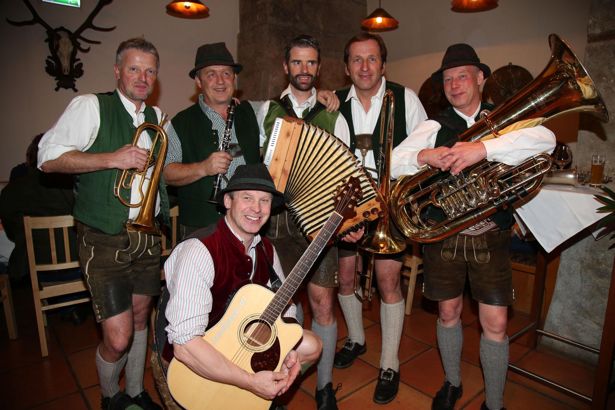 Sorgten für tolle Begleitung: Die steirischen Musikanten!