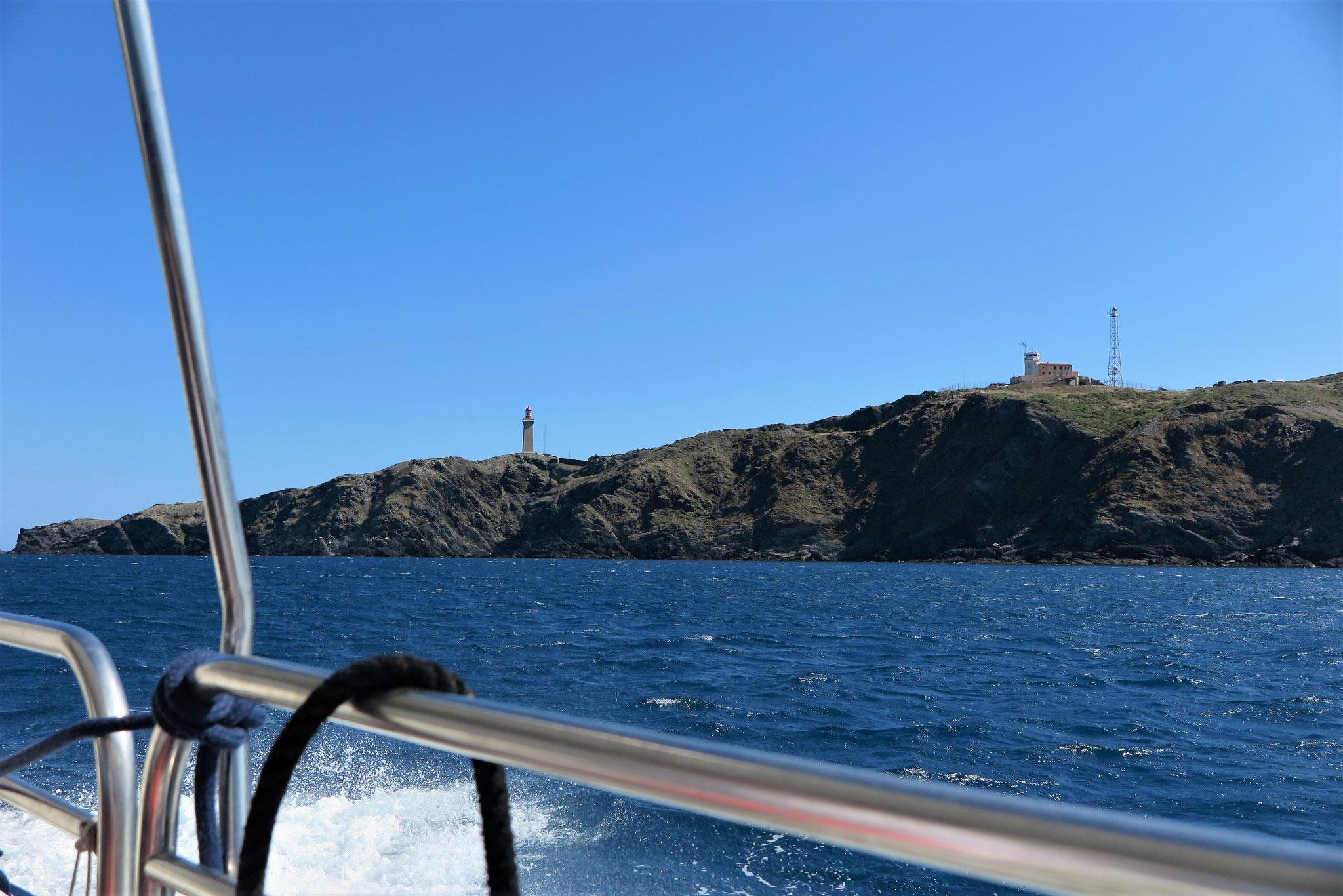 Noch einmal Ausflug auf dem Meer, aber ohne Sturm bei schönstem Sonnenschein.