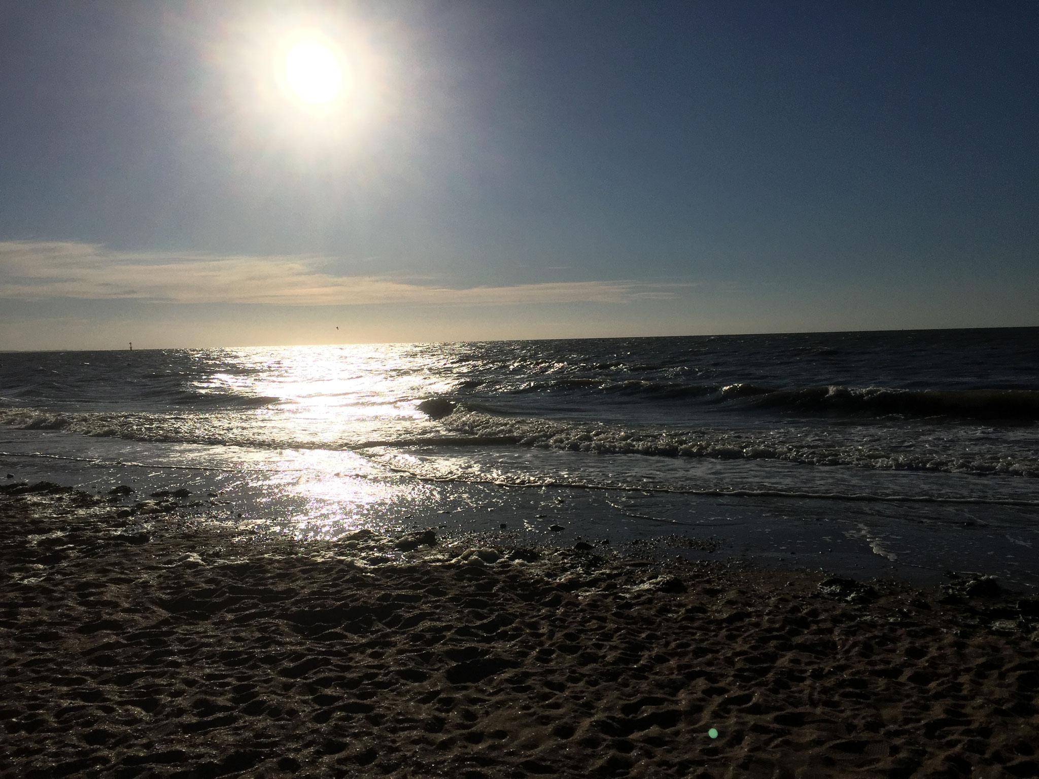 Angekommen! Mein erster Sonnenuntergang am Atlantik in Houlgate.