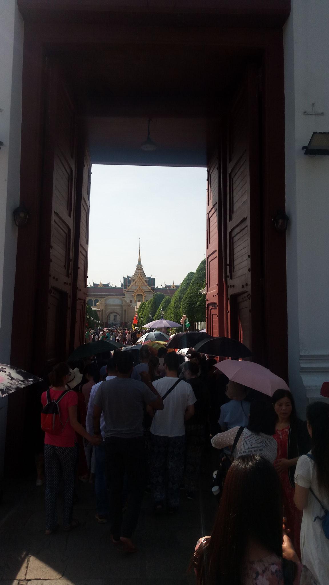 entrée du grand palais