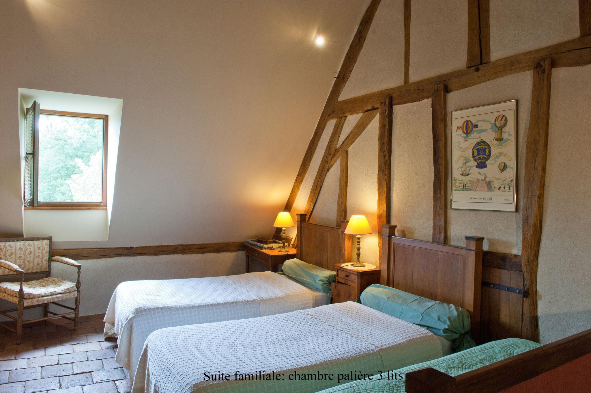 Chambre palière à 3 lits de l'Annexe