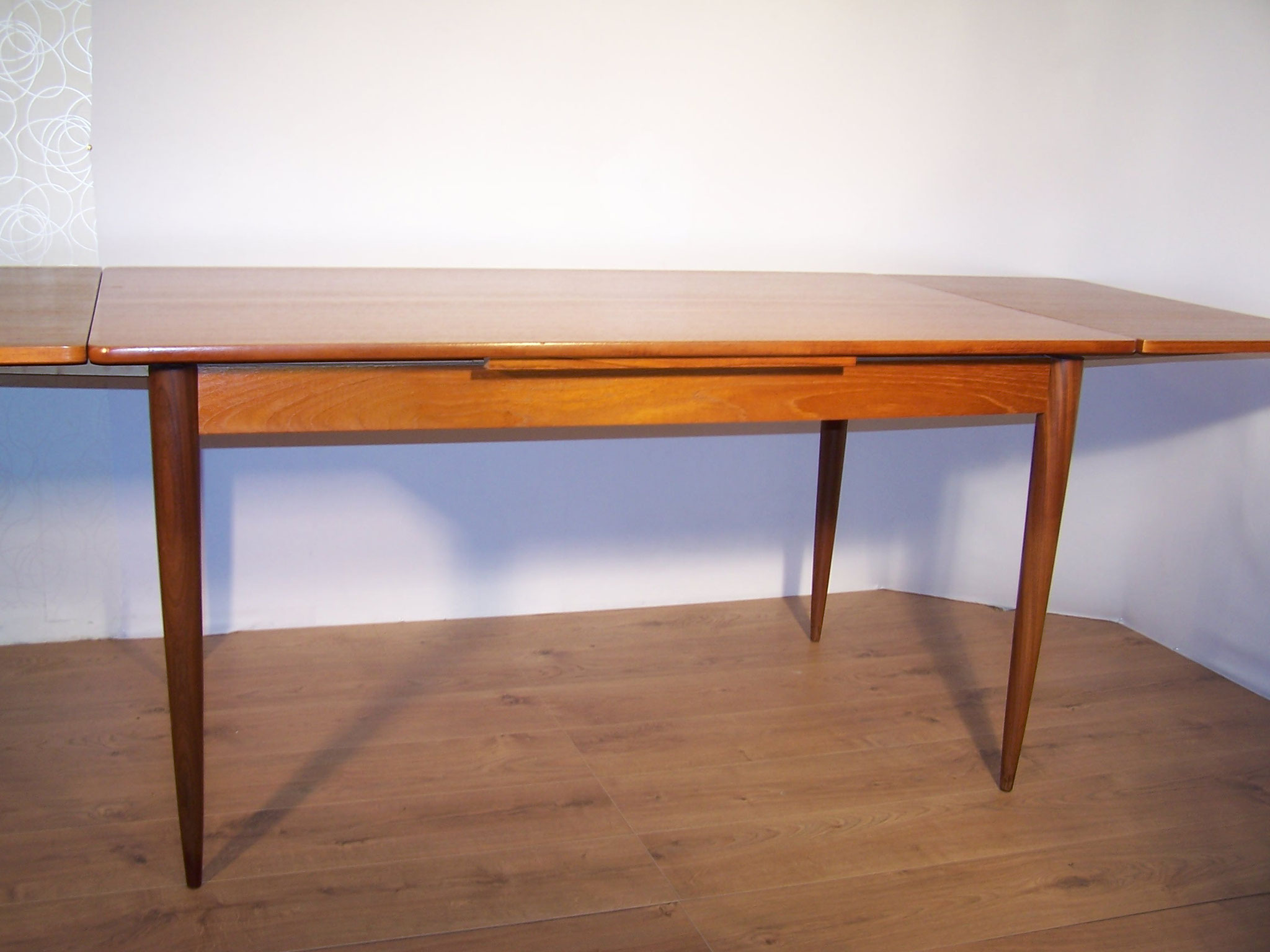 Table scandinave en teck annees 1960 majdeltier - Boutique scandinave en ligne ...