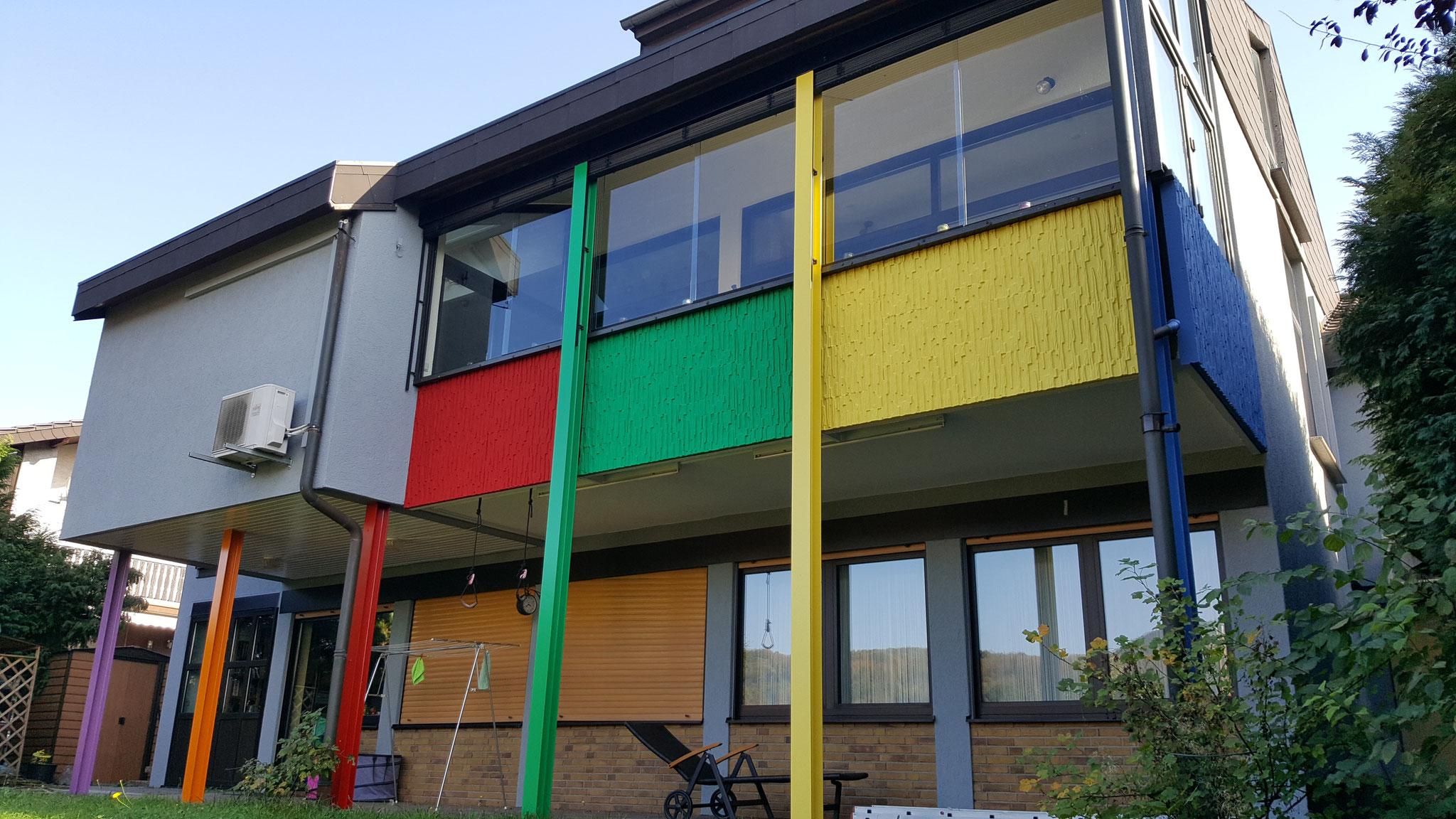 Kreativ gestaltete Fassadenfläche