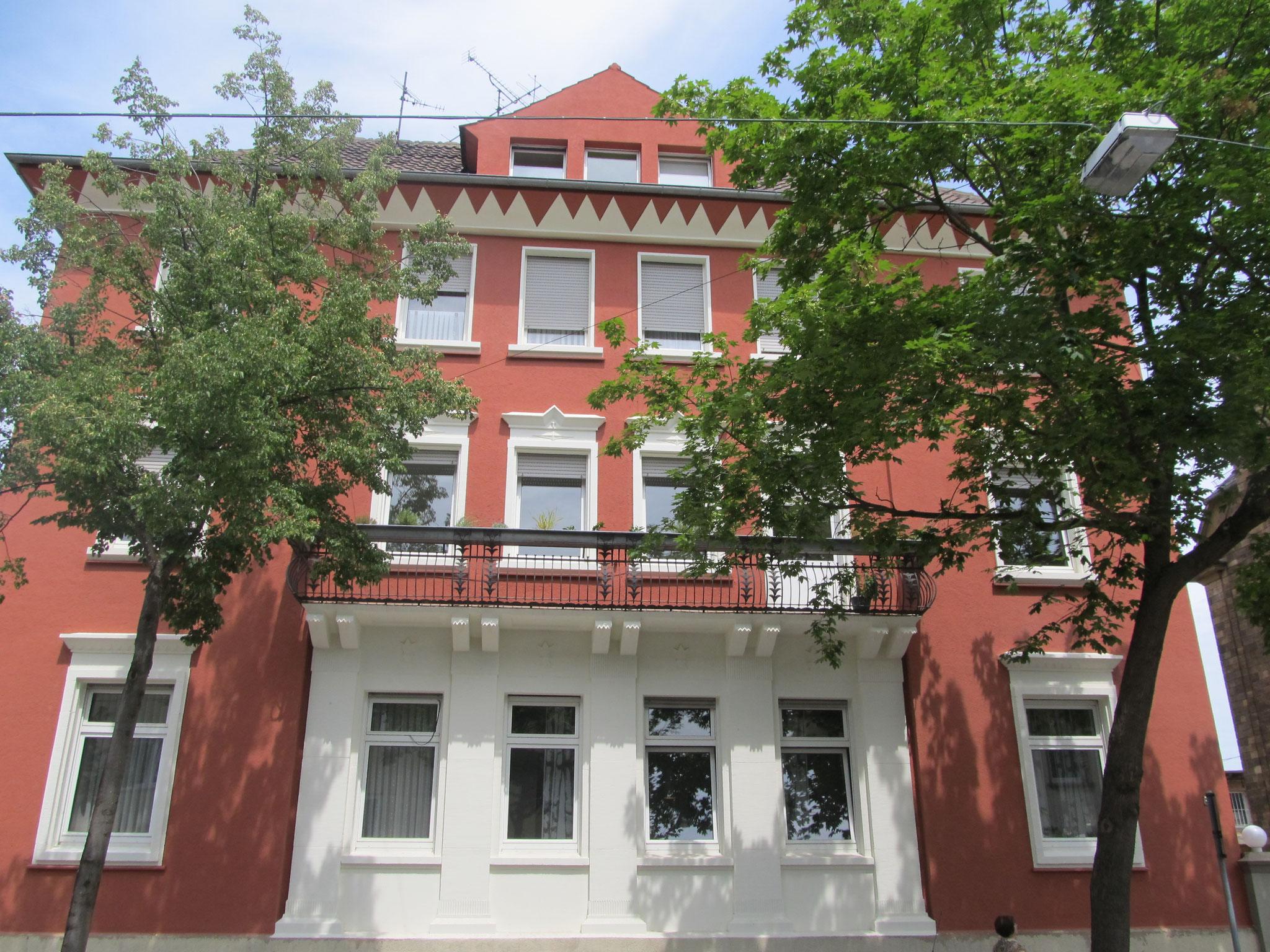 Denkmalgeschützte Fassade im neuen Glanz