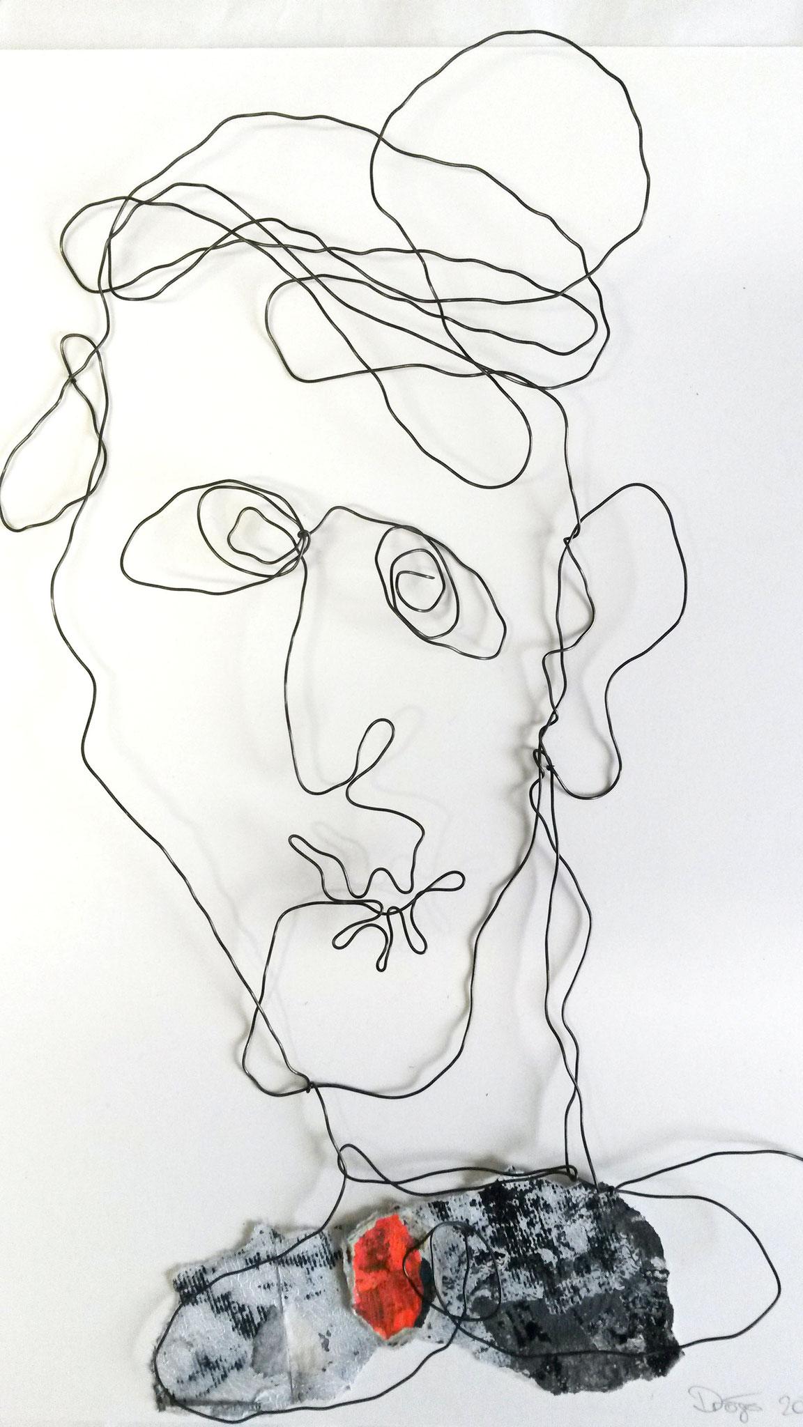 Charakterköpfe, Draht /Papier Collagen, ca. 21 x 21 cm