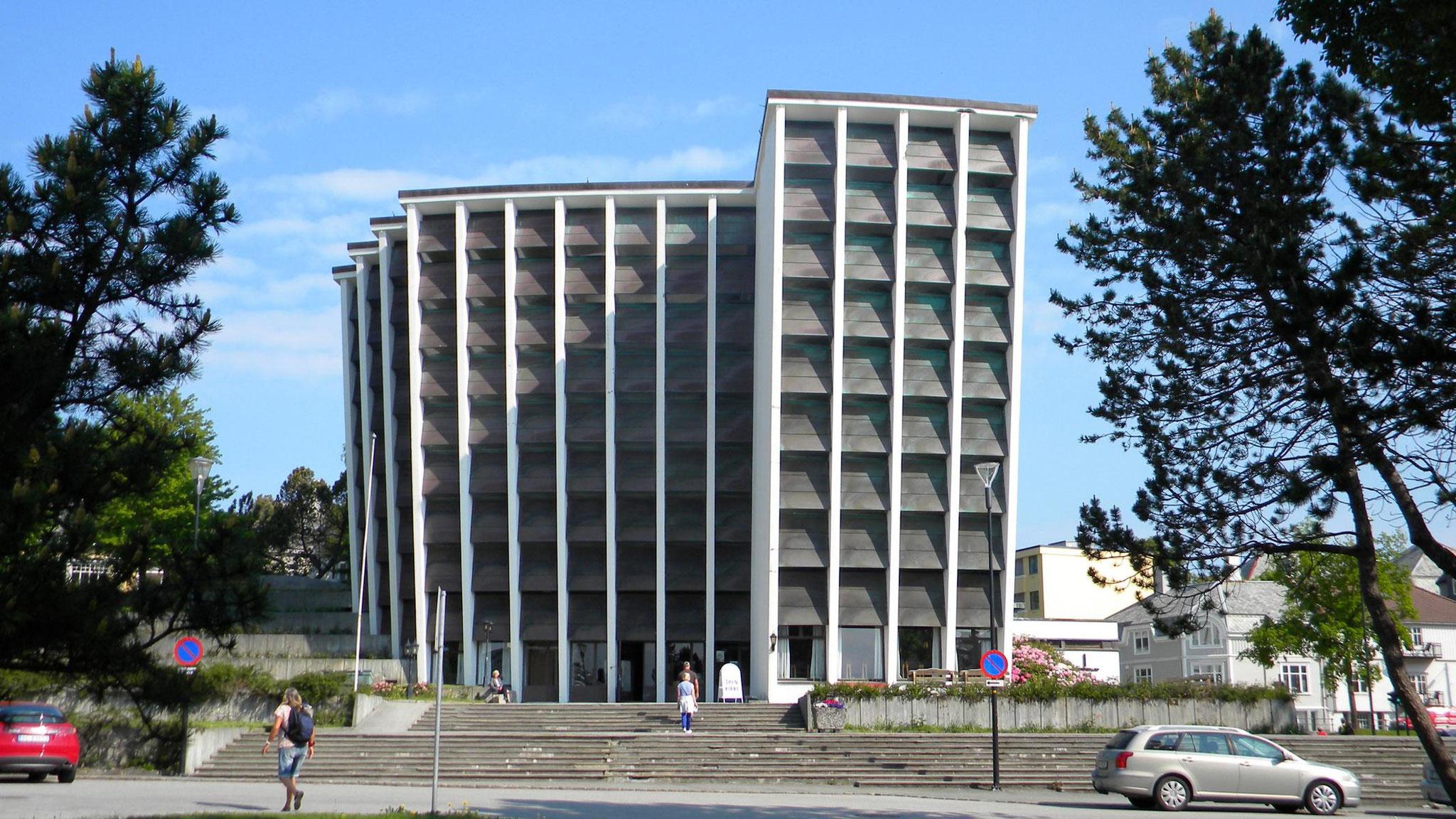 Kirklandet Kirke