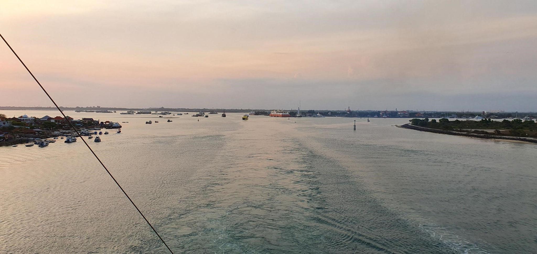 Einfahrt Port of Benoa