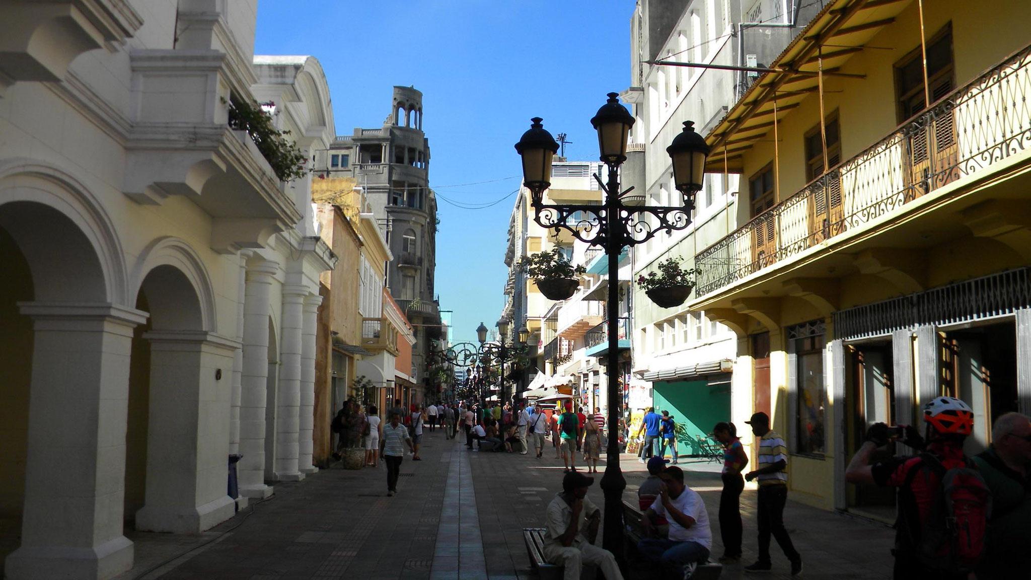 Einkaufsstraße in Santo Domingo