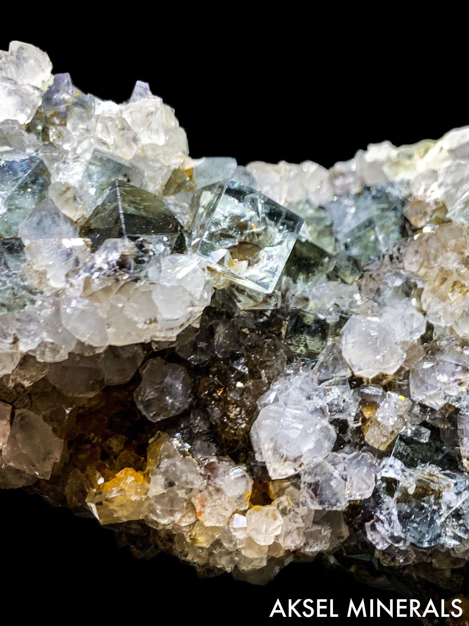 AM430 - Fluorite sur Quartz - Diana Maria Mine, Rogerley Quarry, Frosterley, Stanhope, Durham Co., England, UK