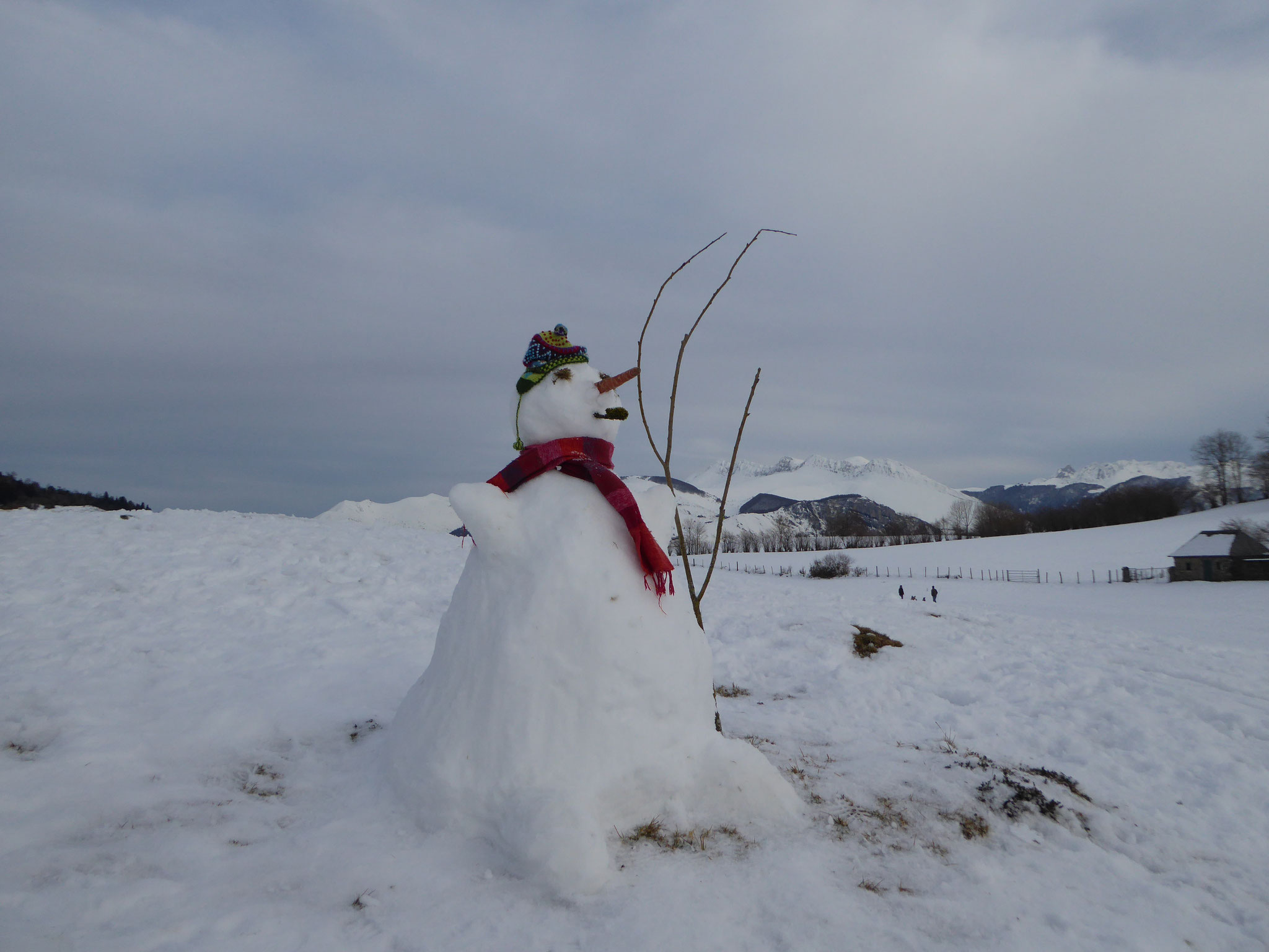 Bonhomme de neige au plateau du Bénou