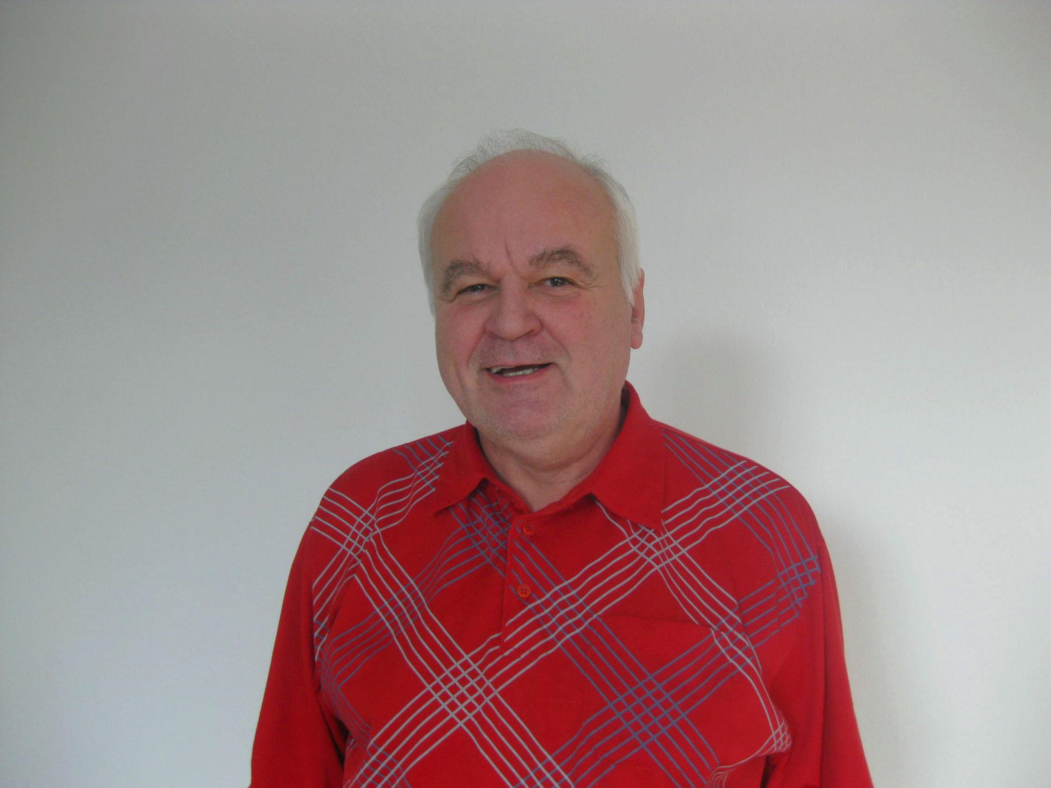 Paul Beyer <br> Erster Vorsitzender