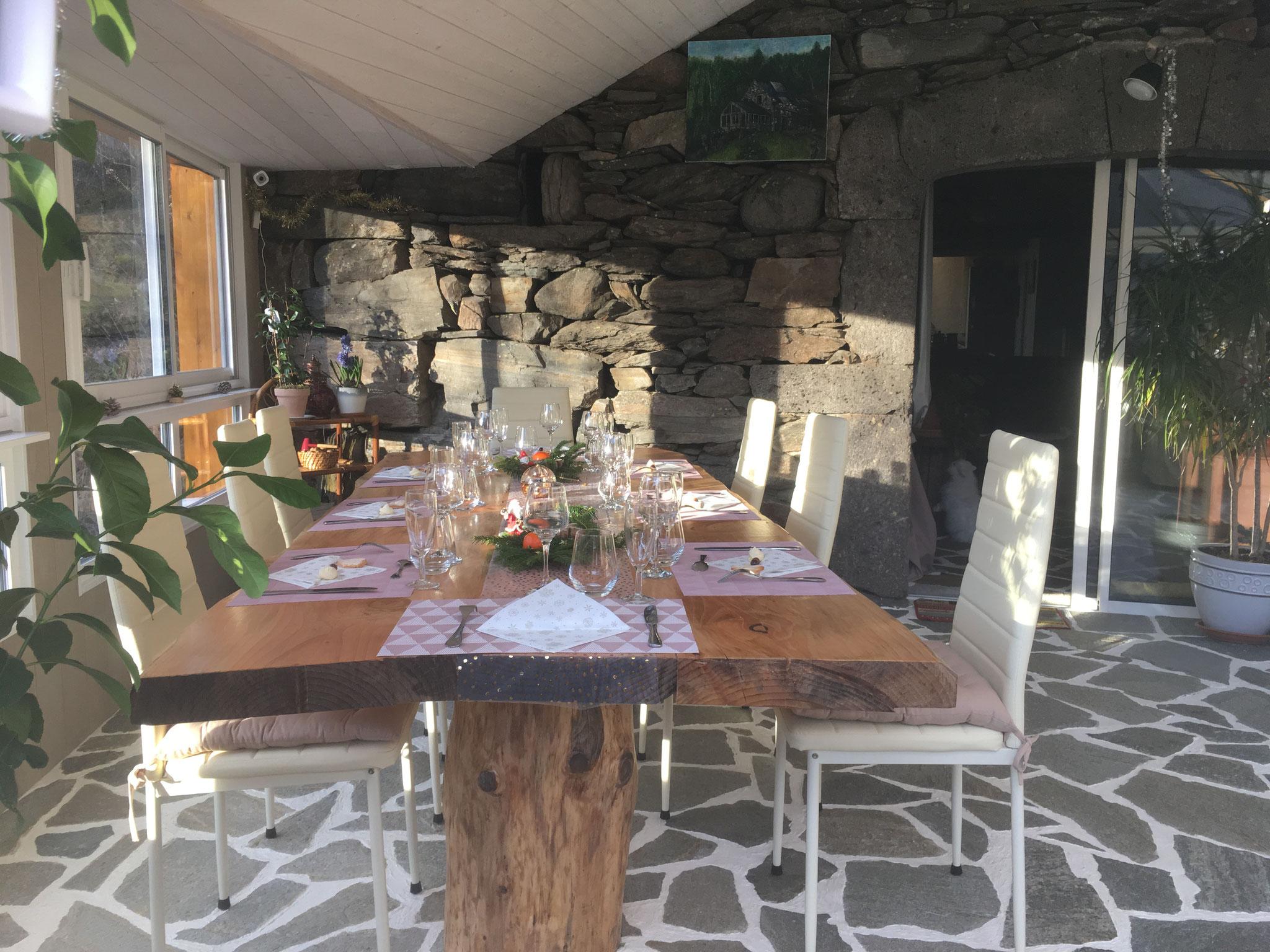 Véranda Lépadou Bas Table d'hôtes et petit déjeuner