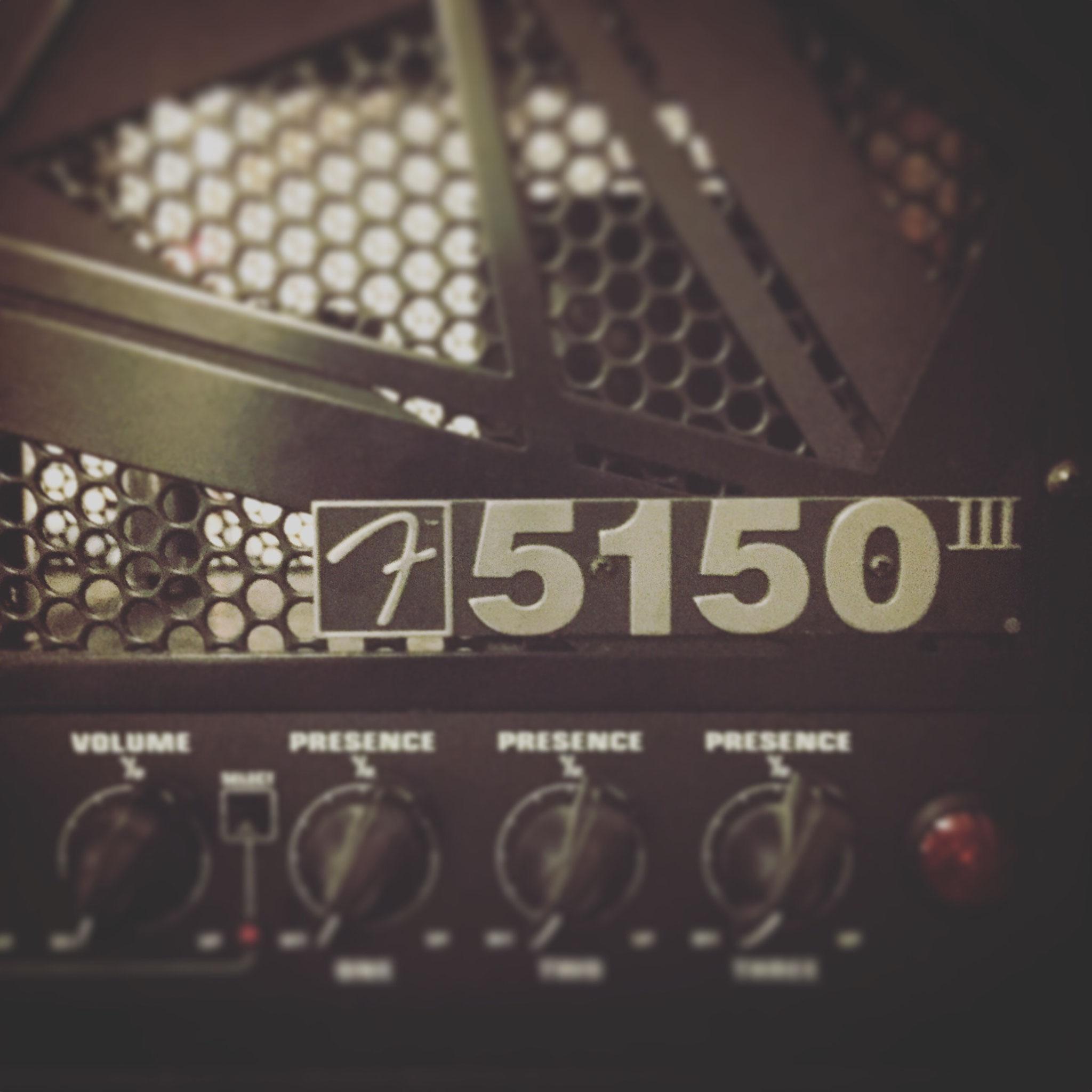 エディーのツアー用MODが施された限定、「フェンダーEVH5150Ⅲステルス」