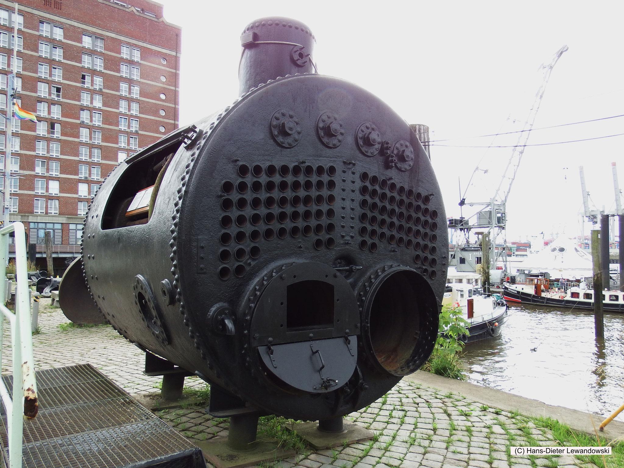 Am Museumshafen Oevelgönne