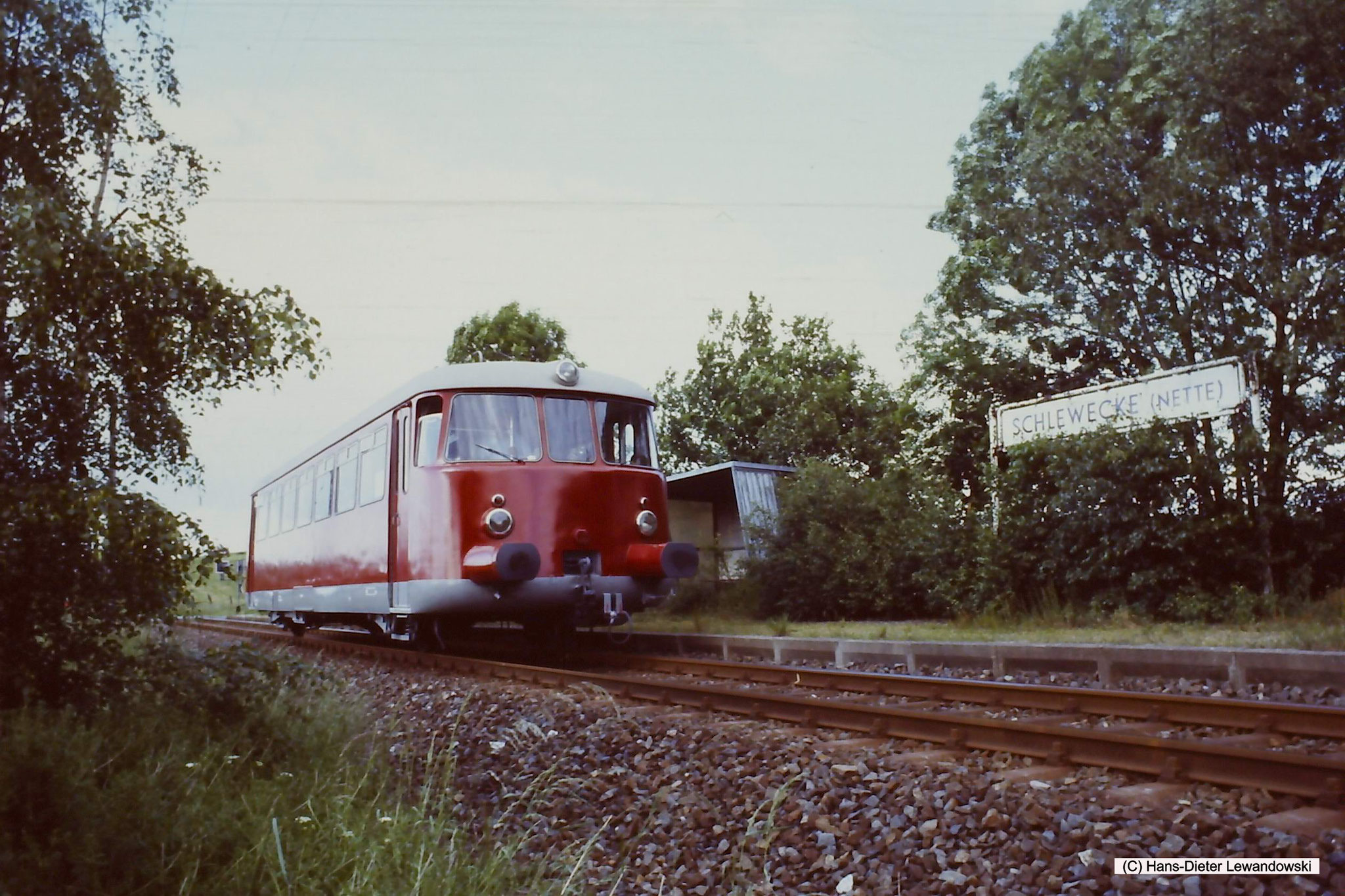 Haltepunkt Schlewecke (Nette) mit MAN - VT 1 der Dampflok-Gemeinschaft 41 096 e.V.
