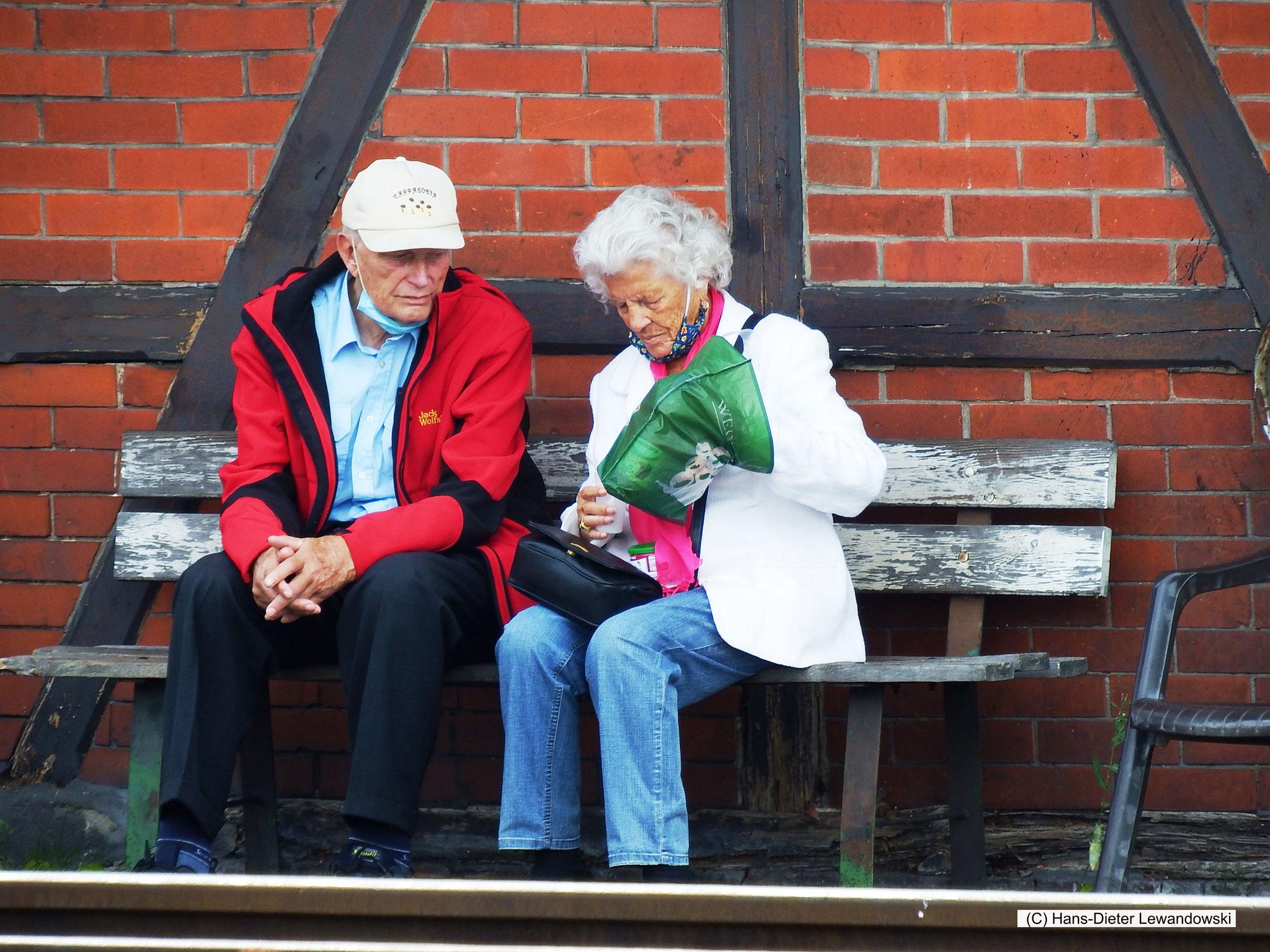 Rita und Günter von den Helmstedter Eisenbahnfreunden