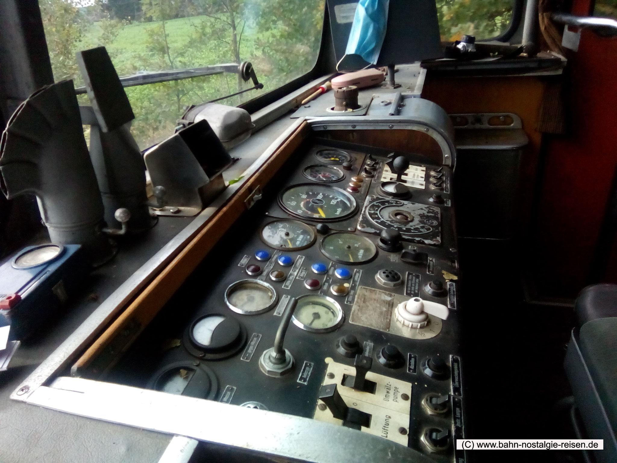 Das Fahrpult vom VT 98