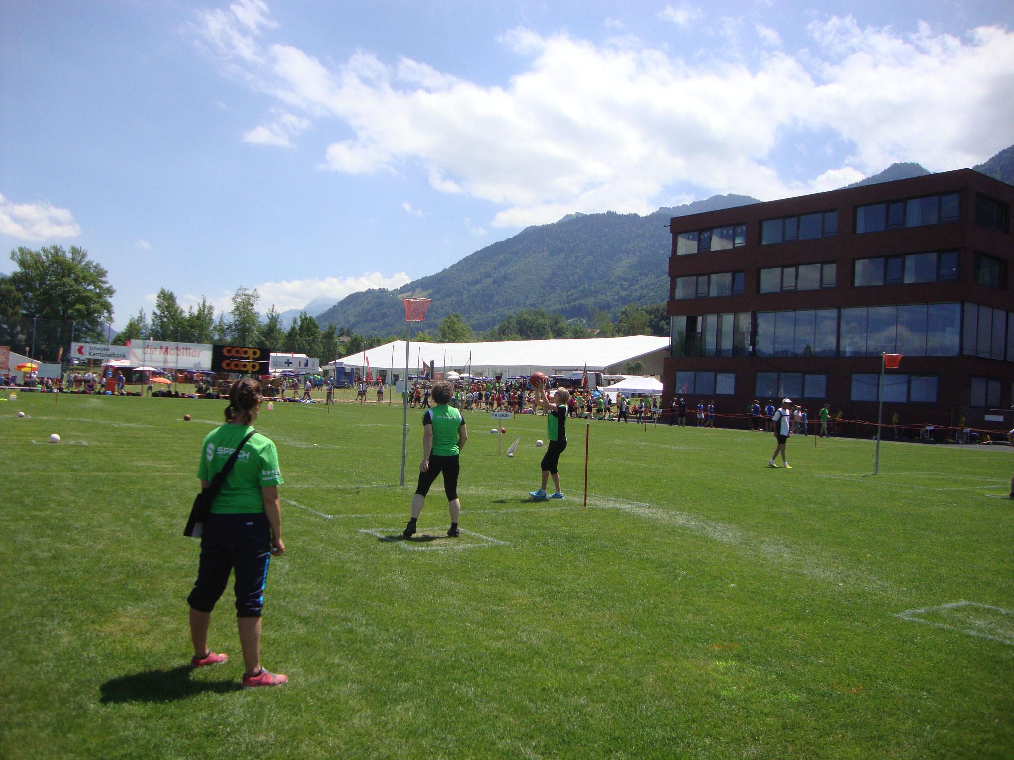 FF1 - Fussball - Korb
