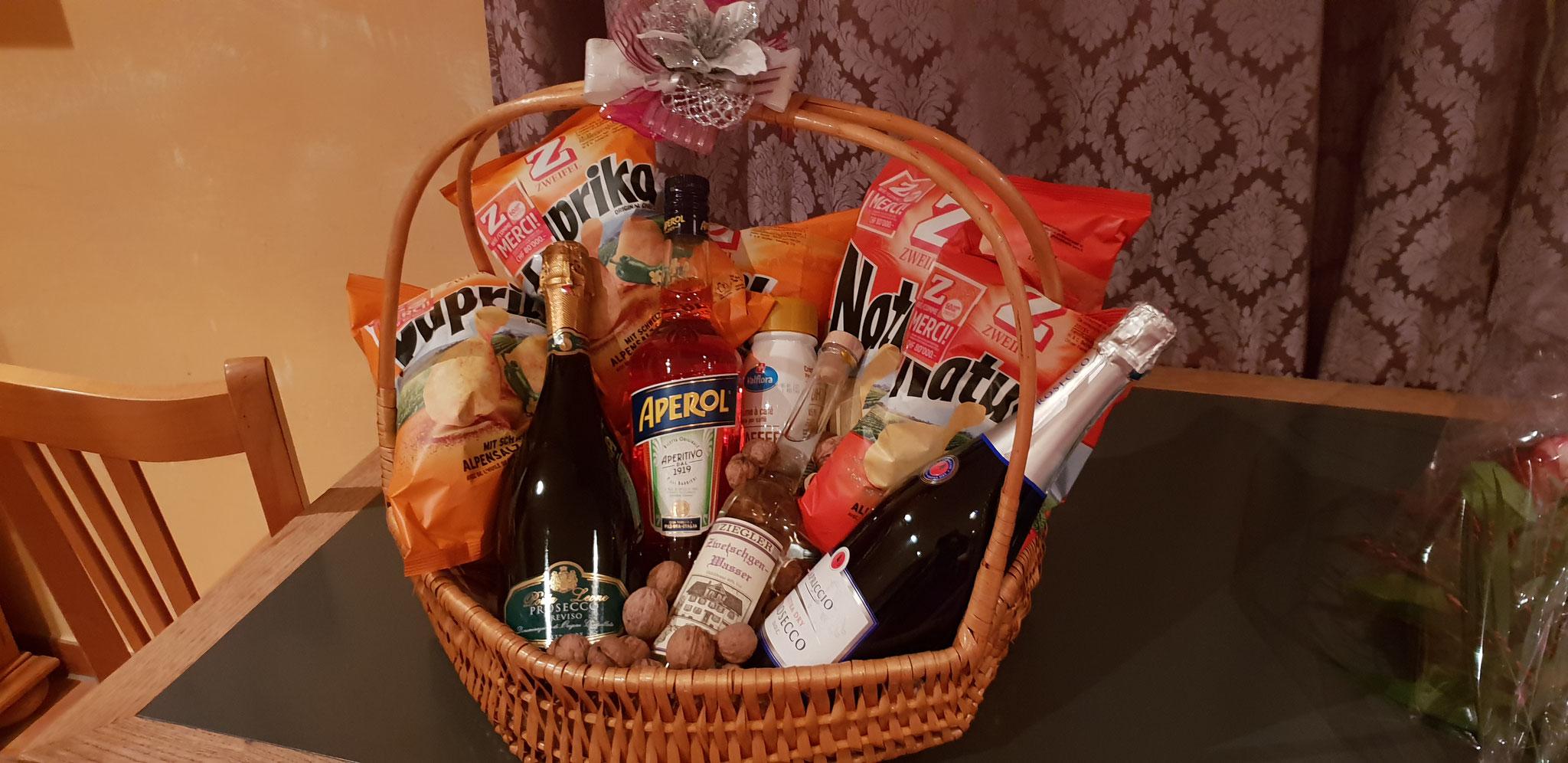 ...schönen Geschenkkorb als Danke für Ihre Gastfreundschaft
