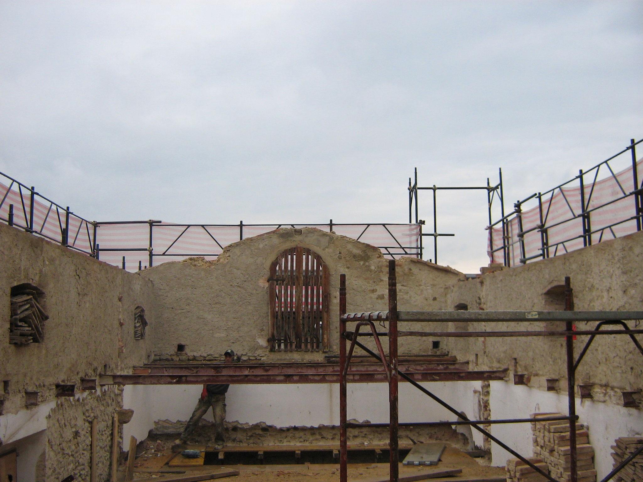 COMUNE DI TAVARNELLE VAL DI PESA - Lavori di ristrutturazione del fabbricato annesso alla Caserma dei Carabinieri di Tavernelle Val di Pesa.