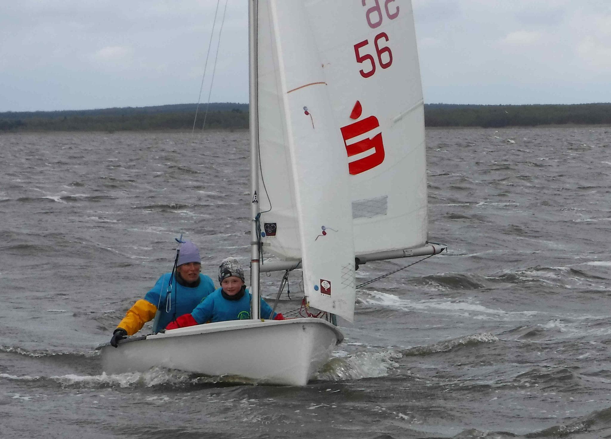 bei 6 flotten Windstärken mit der Trainerin