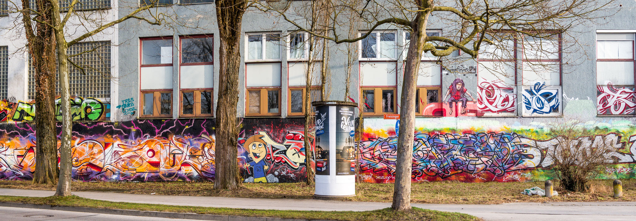 Graffiti an der alten Papierfabrik