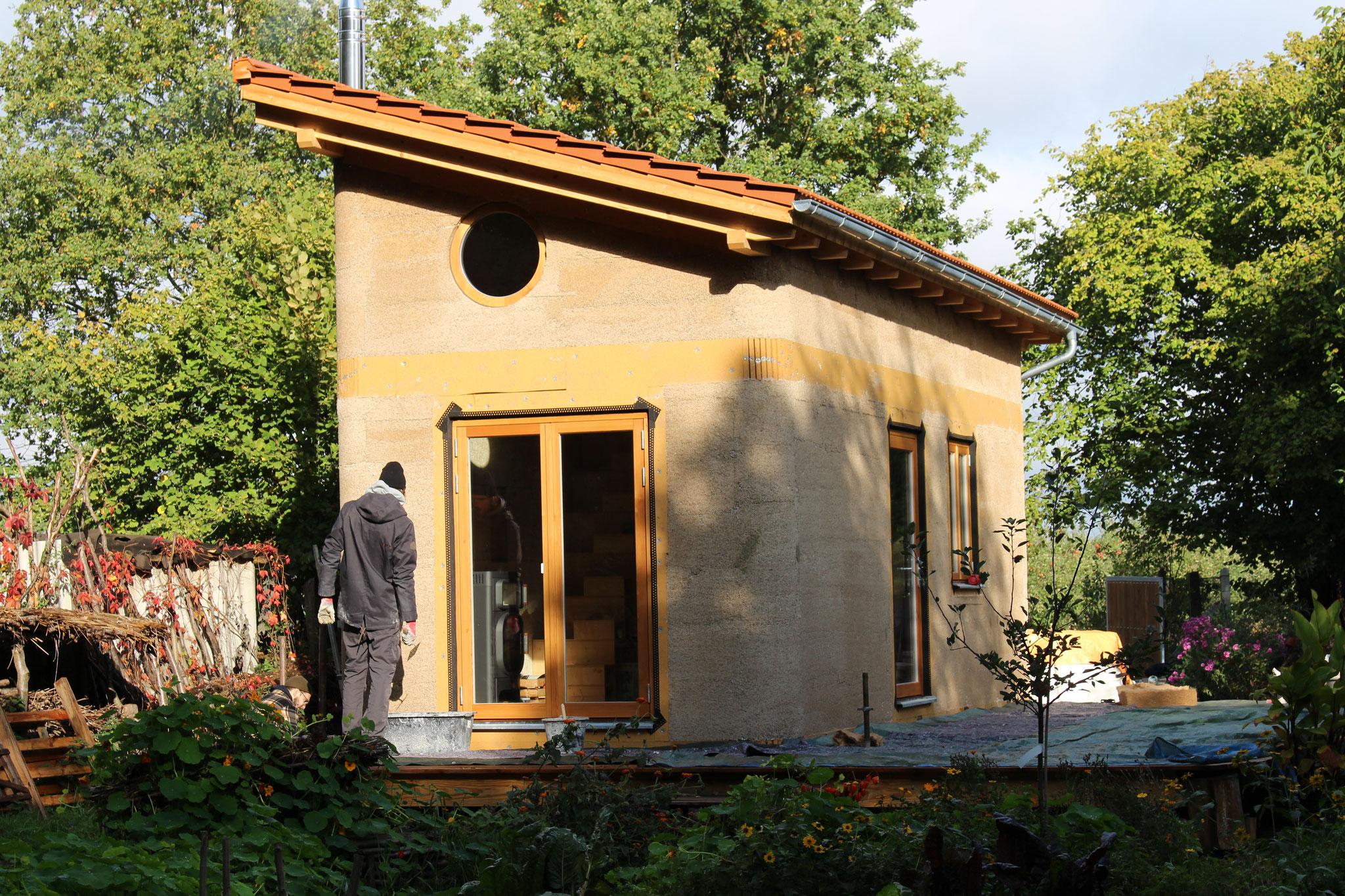 Das Tiny Hemp House unverputzt - Foto: Henrik Pauly