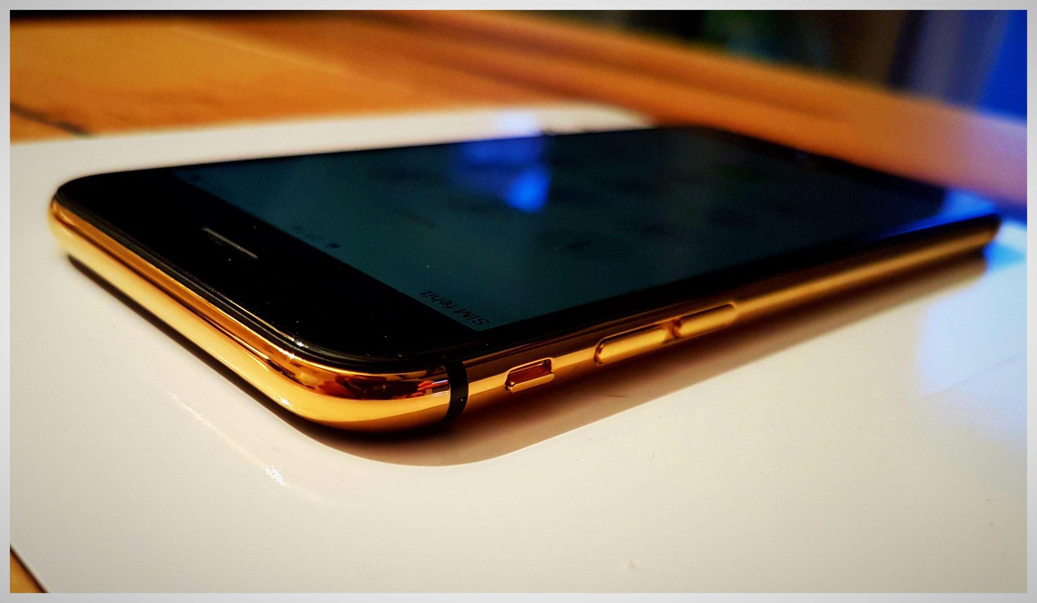 iPhone 6s, Ausgangsfarbe: gold mit weißem Display