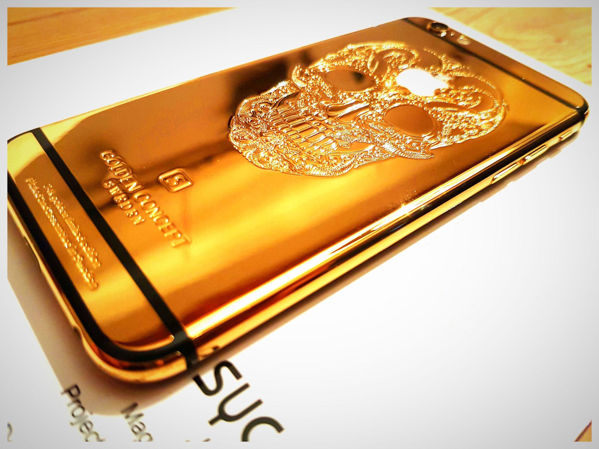 Umbau in: 24k gold-beschichtetes Backcover mit schwarzem Display
