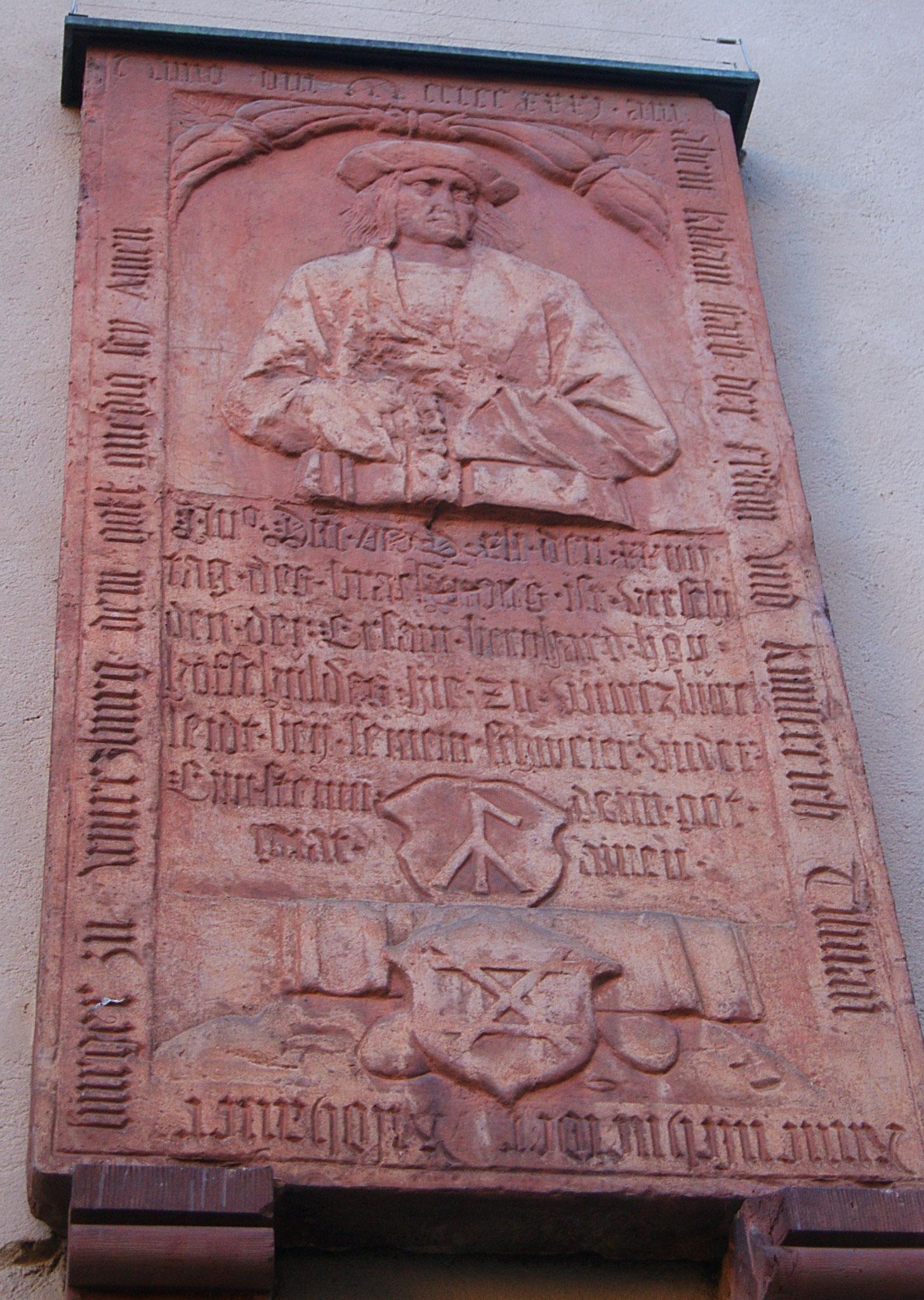 Grabplatte von Tilman Riemenschneider am Dom, Würzburg