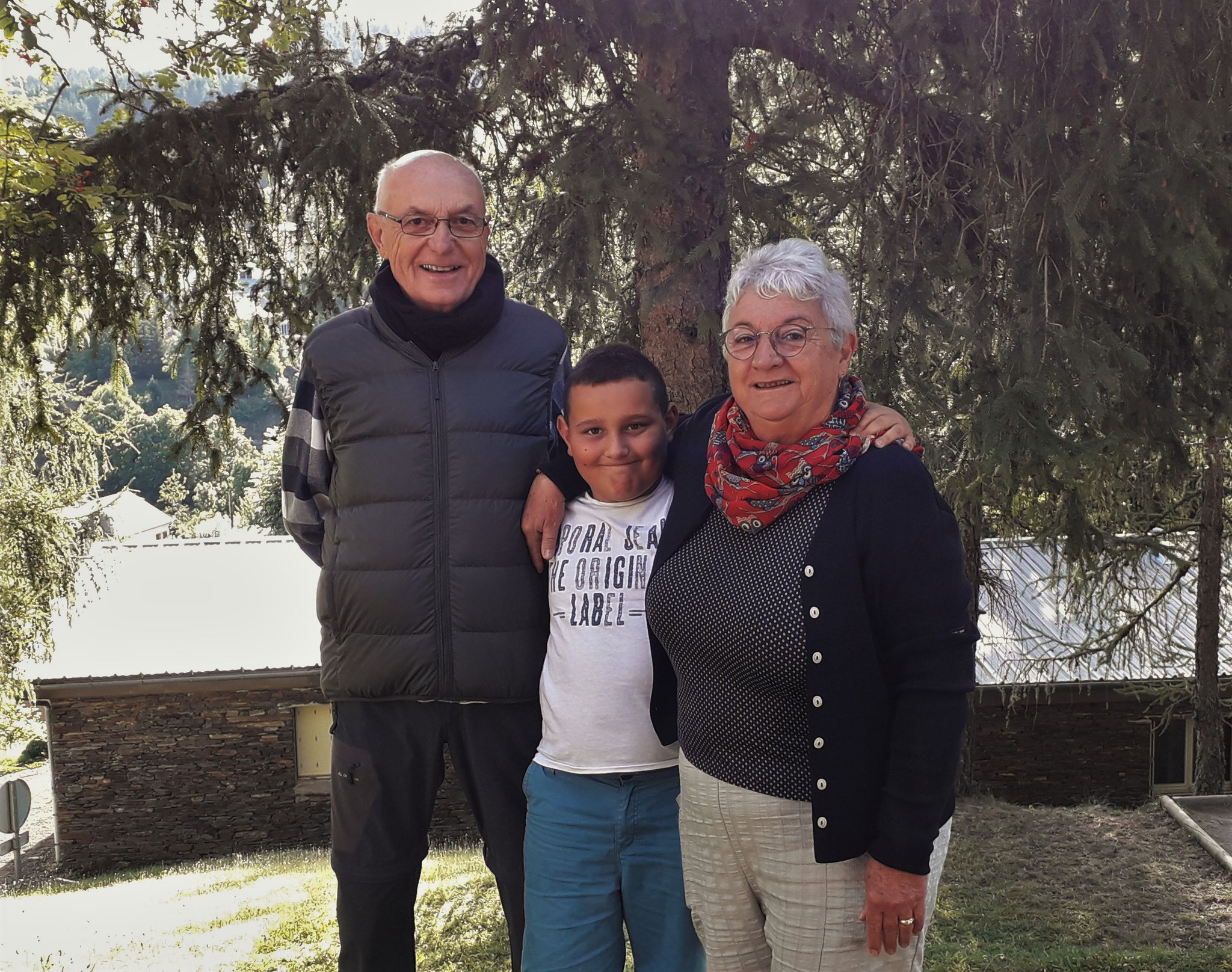 Maxime et ses grands-parents
