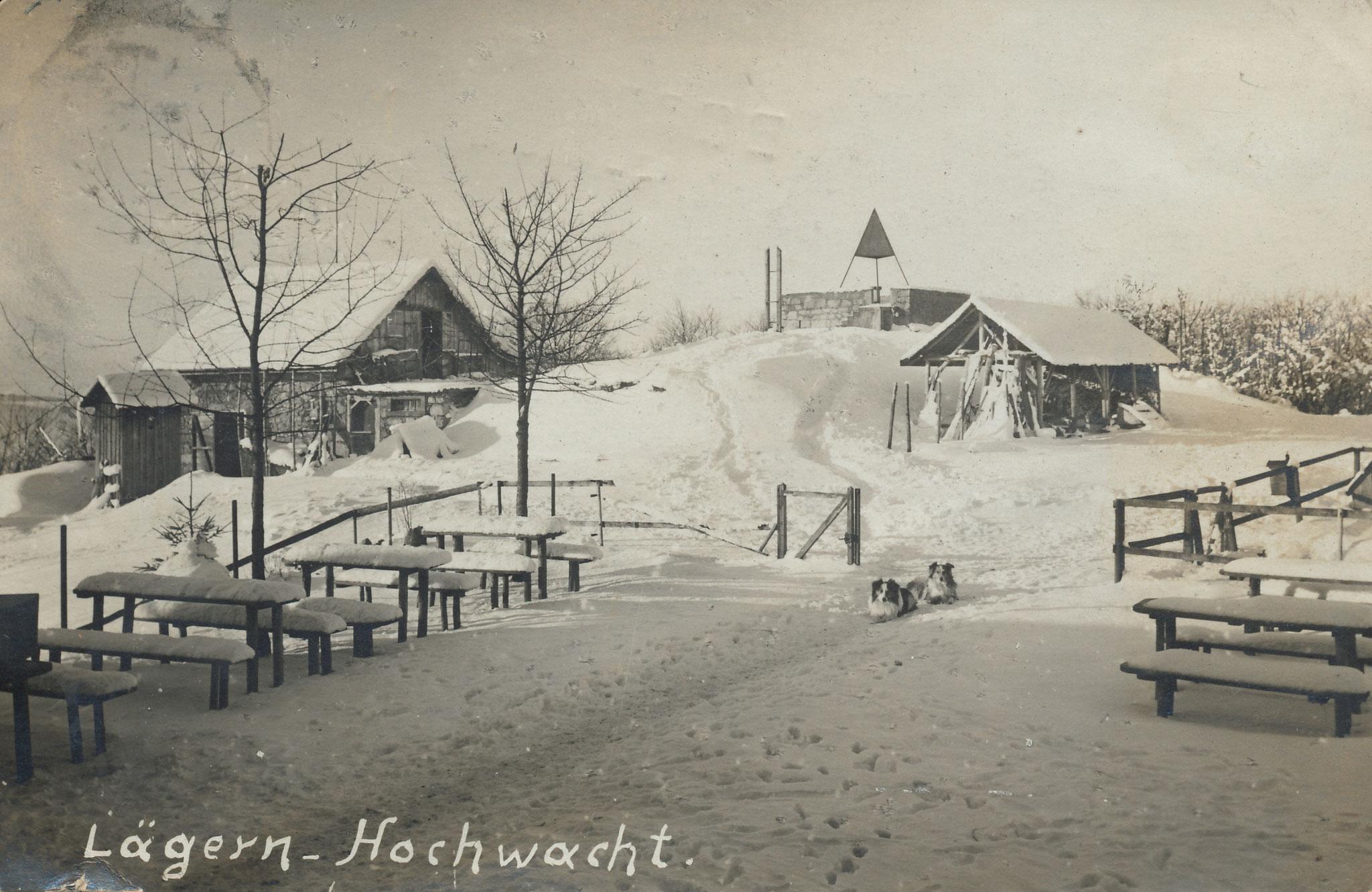 Ansichtkarte Lägern Hochwacht, ausnahmsweise ohne Restaurant, dafür mit Nebengebäuden und Pyramide