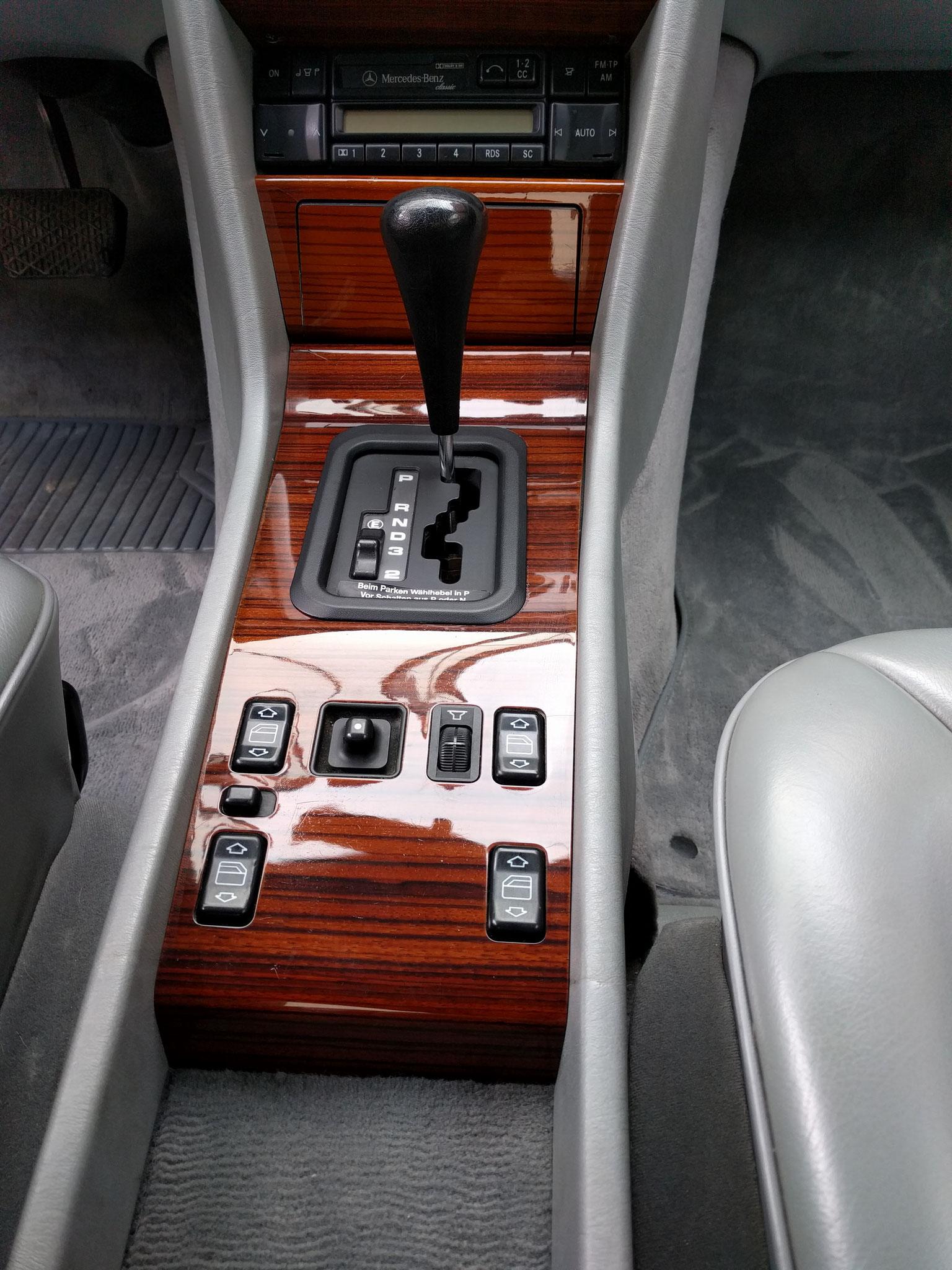Edelholz komplett lackiert W124