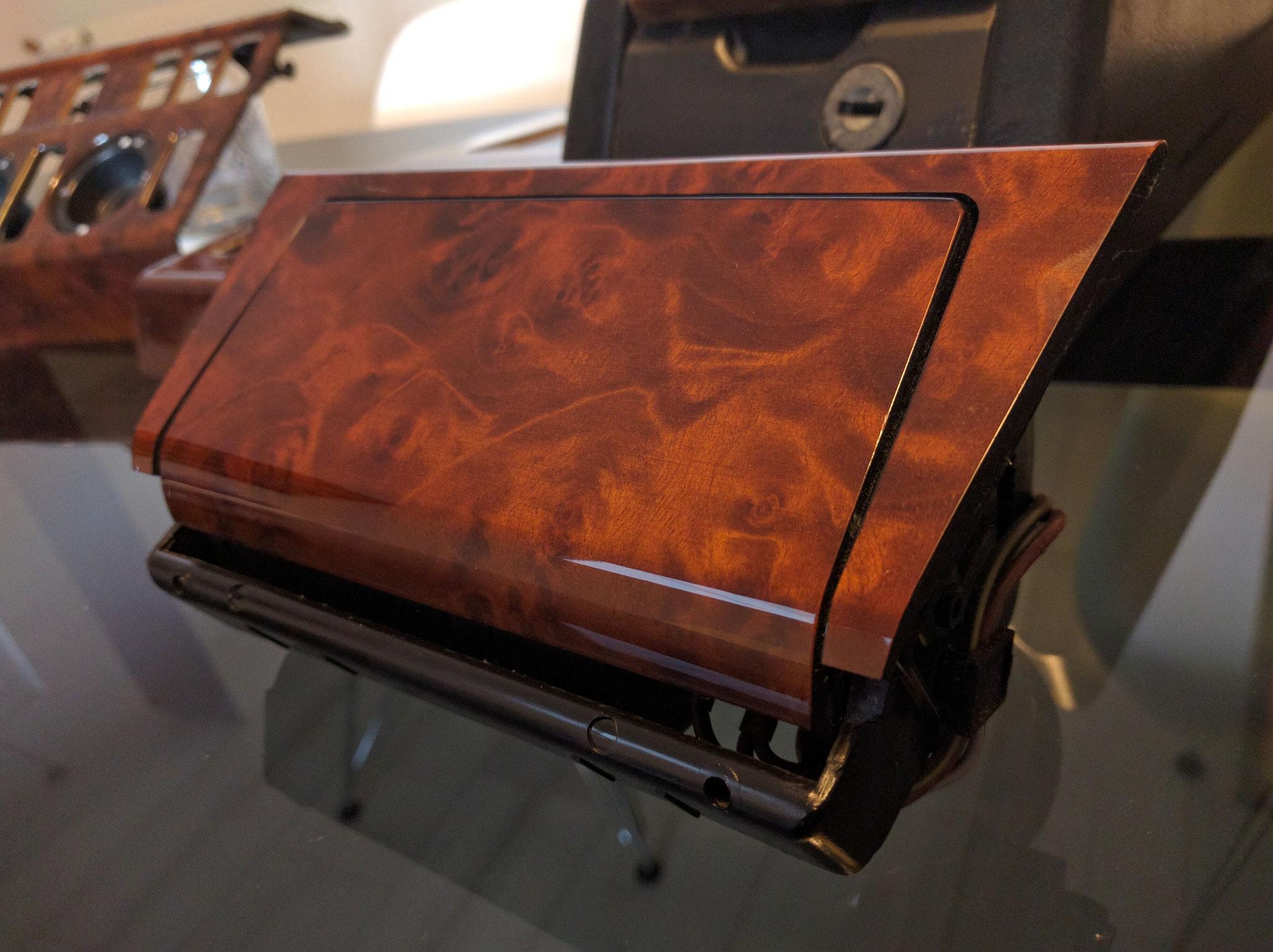 Aschenbecher Wurzelholz/Wurzelnuss lackiert W124