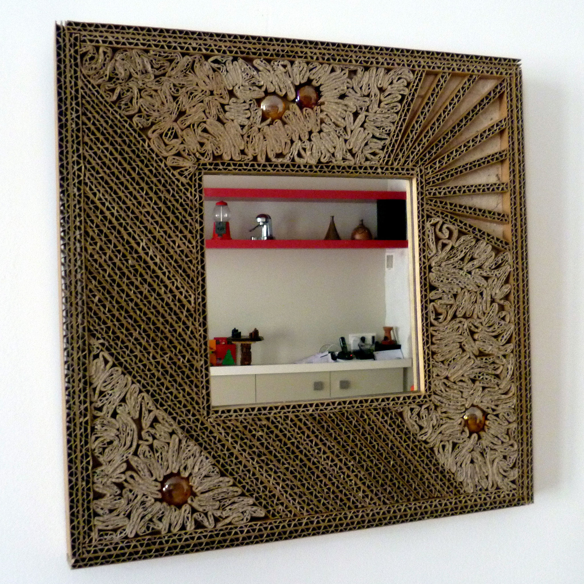 Fabriquer des cadres photos fashion designs - Fabriquer un cadre en carton ...