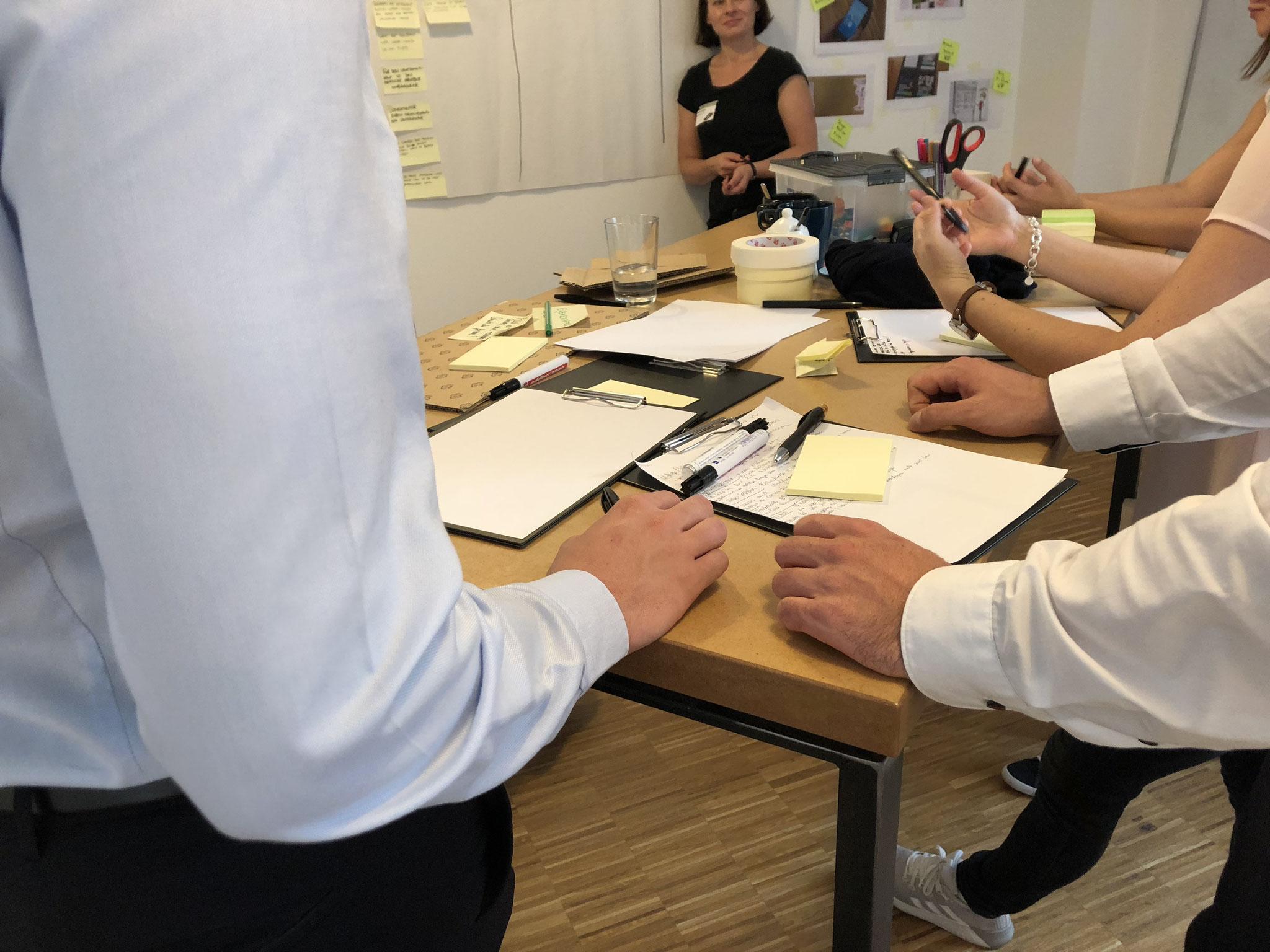 """Ideen Entwicklung und Prototyping beim Kurs """"Nutzerzentrierung by doing"""""""