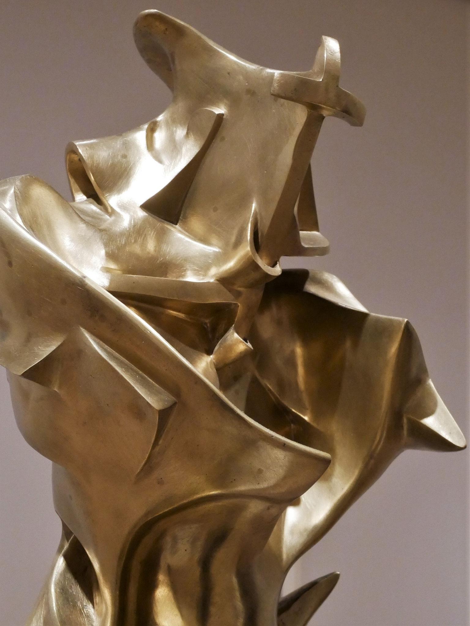 Umberto Boccioni, Unique Forms of Continuity in Space, 1913 (cast 1931 or 1934)
