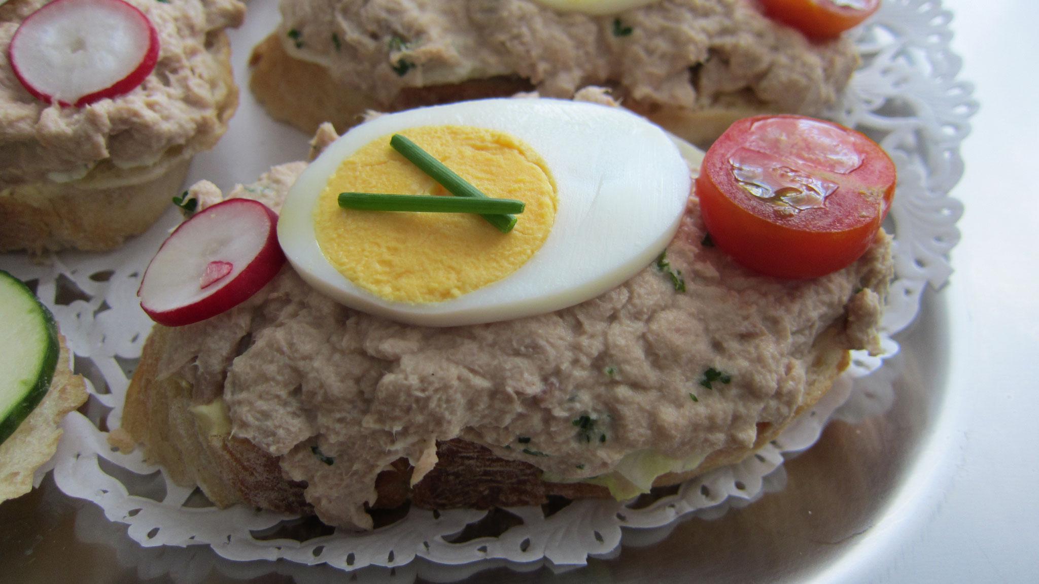 Thon mit Ei