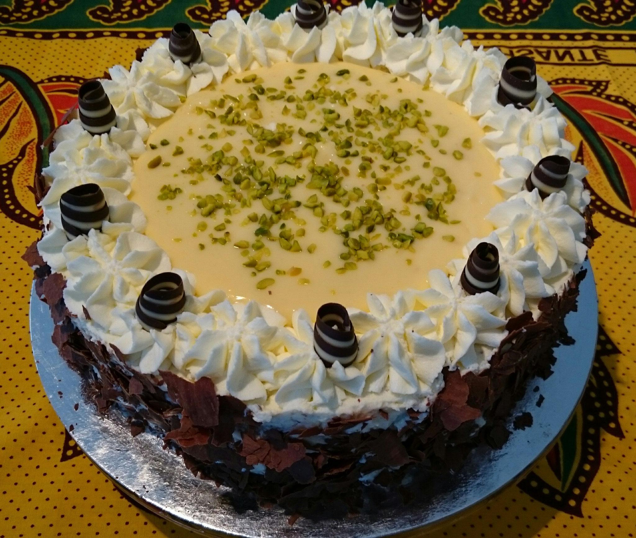 Eierlikör - Stracciatella Torte 24cm