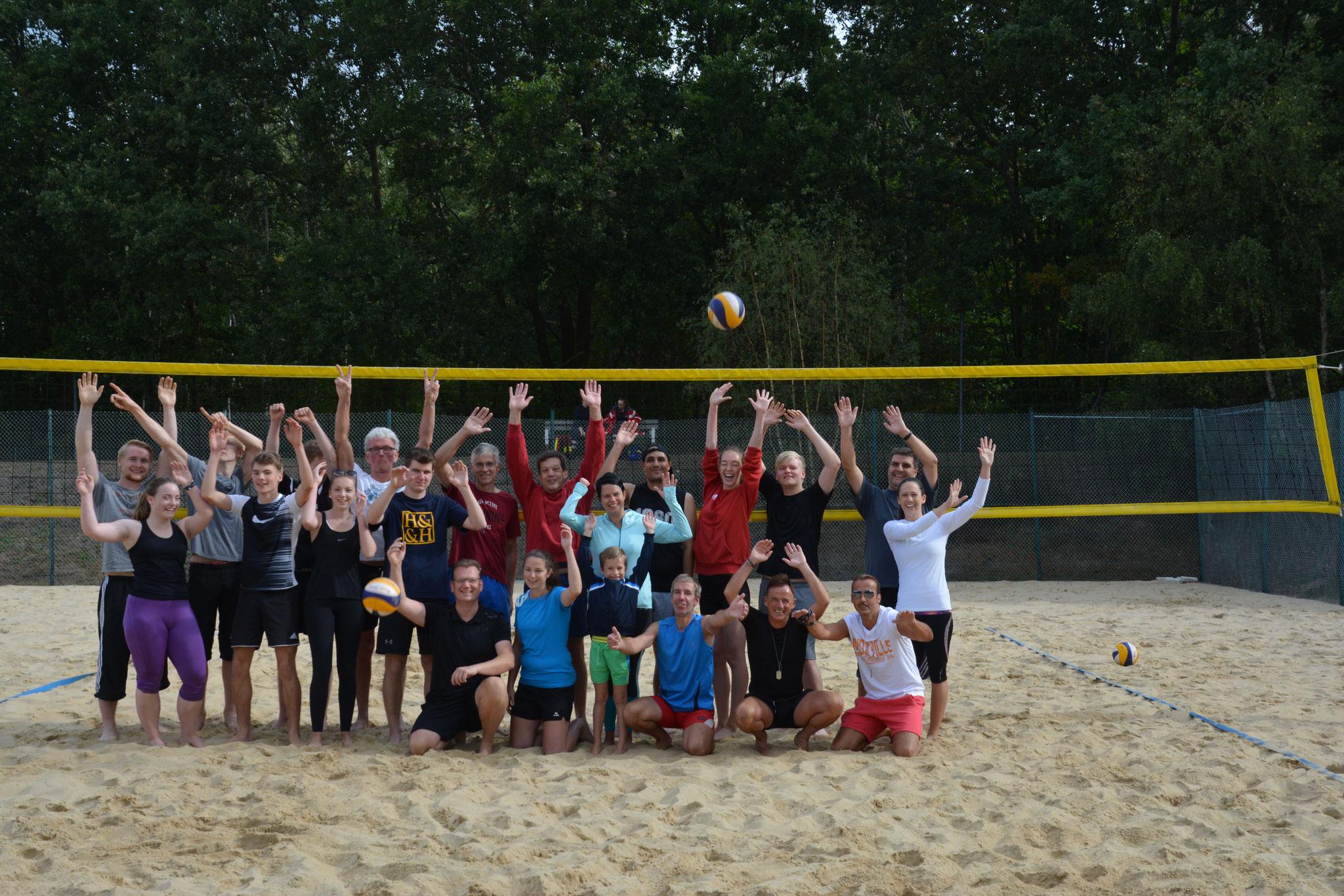 Die Volleyballer hatten wie jedes Jahr wieder einmal sehr viel Spaß bei ihrem Turnier! :)