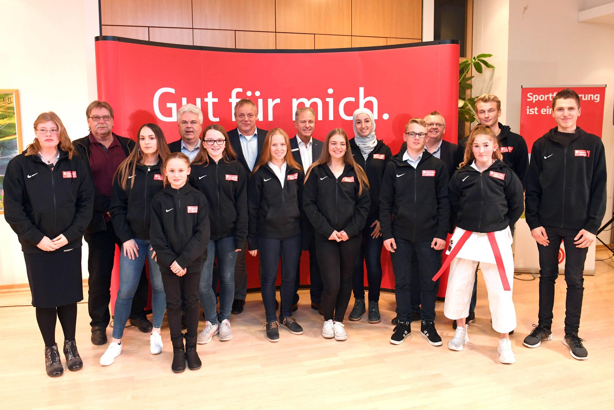 Die gesamten geförderten Sportler aus Landkreis und Stadt Bremerhaven