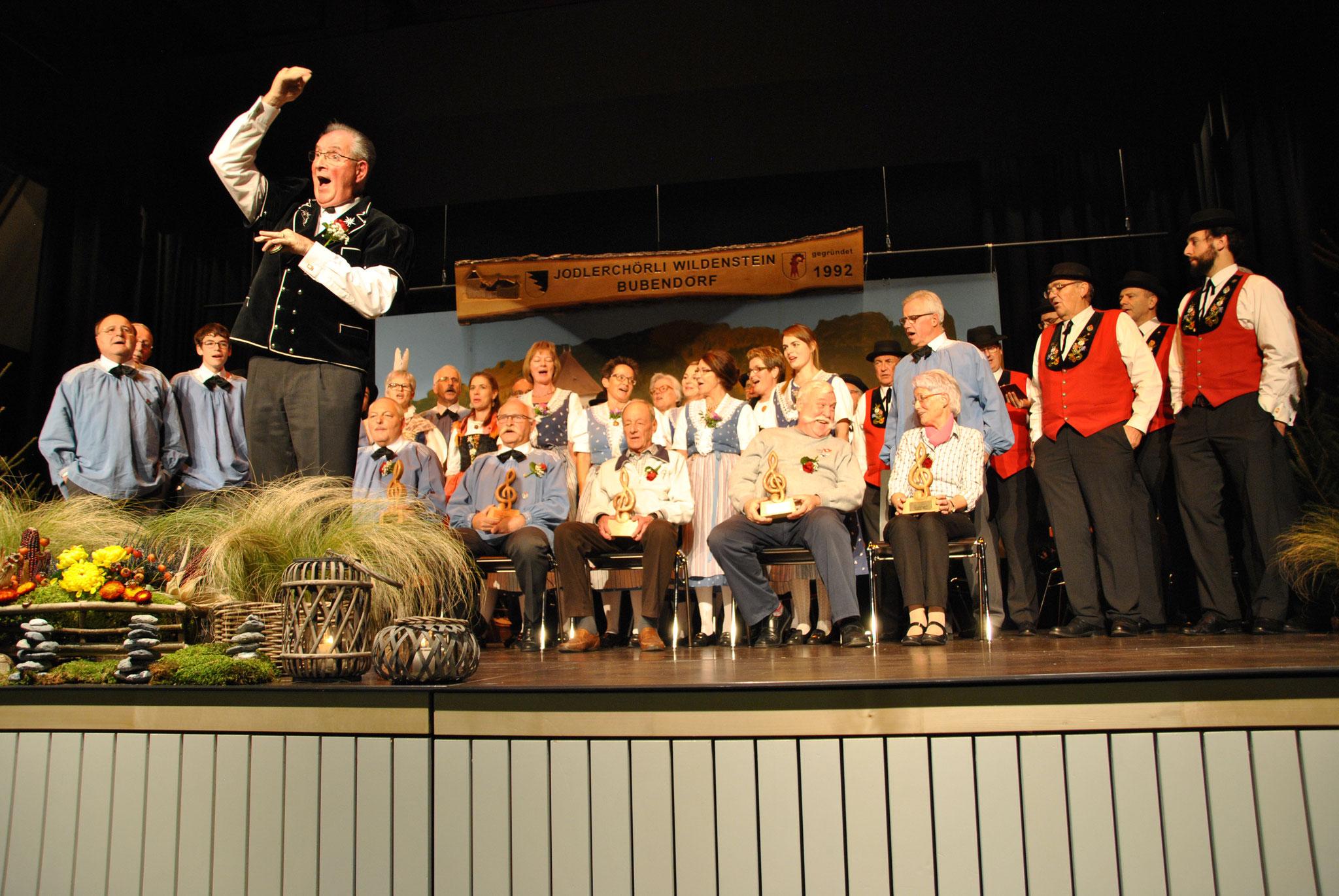 """Gsamtchor für d'Gründigsmitglieder """" Kammerade"""" vom Mathias Zogg"""