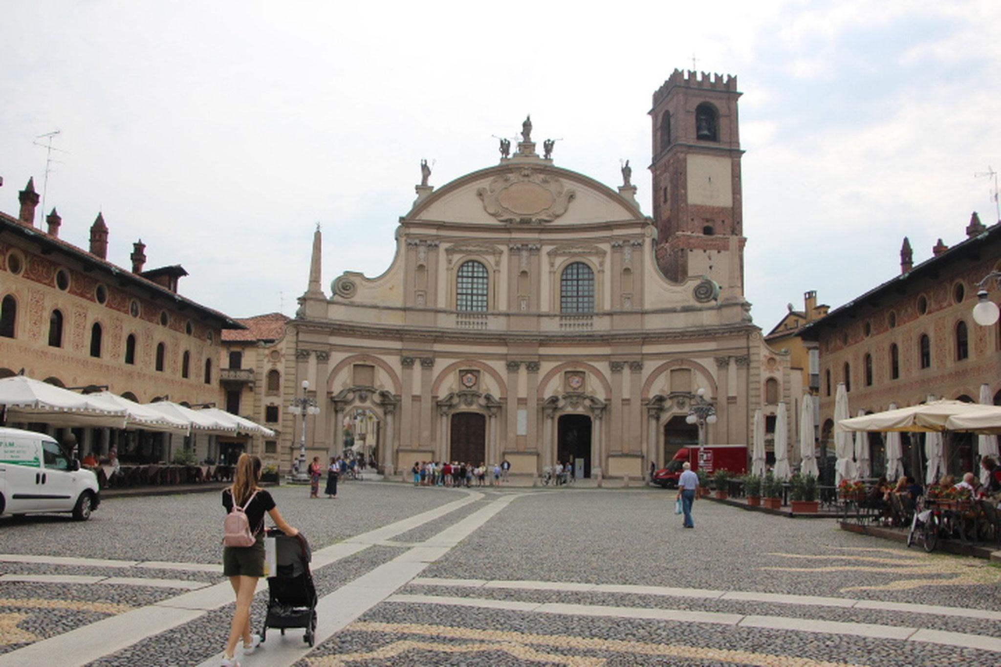 Place de Vigevano (2)